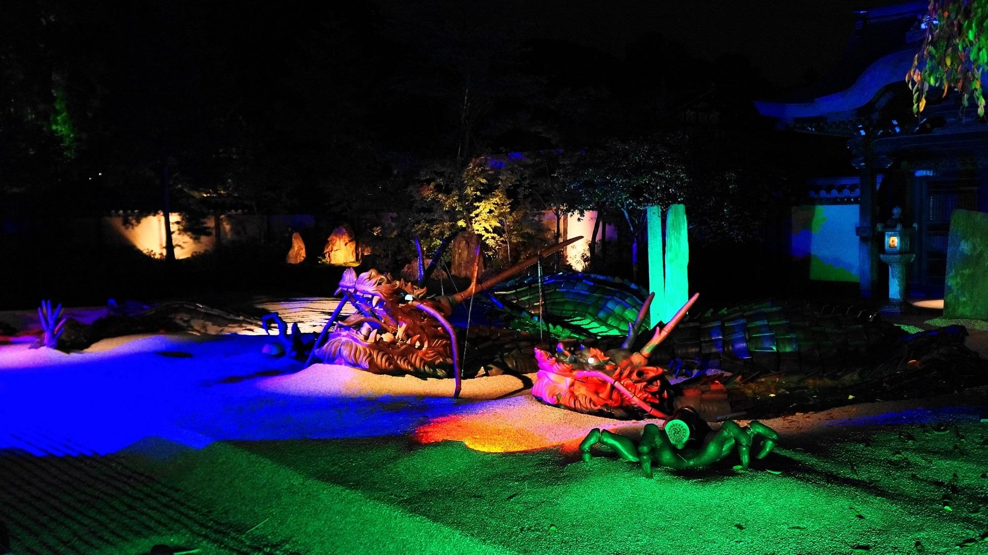 高台寺 紅葉 ライトアップ 幻想的な龍の庭園と紅葉