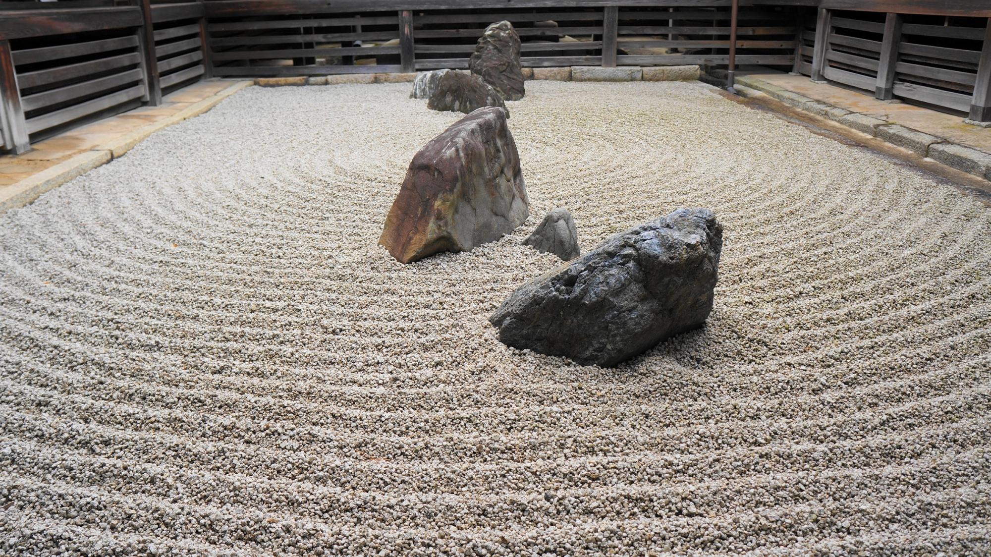 妙心寺塔頭の東海庵の用の庭(坪庭)