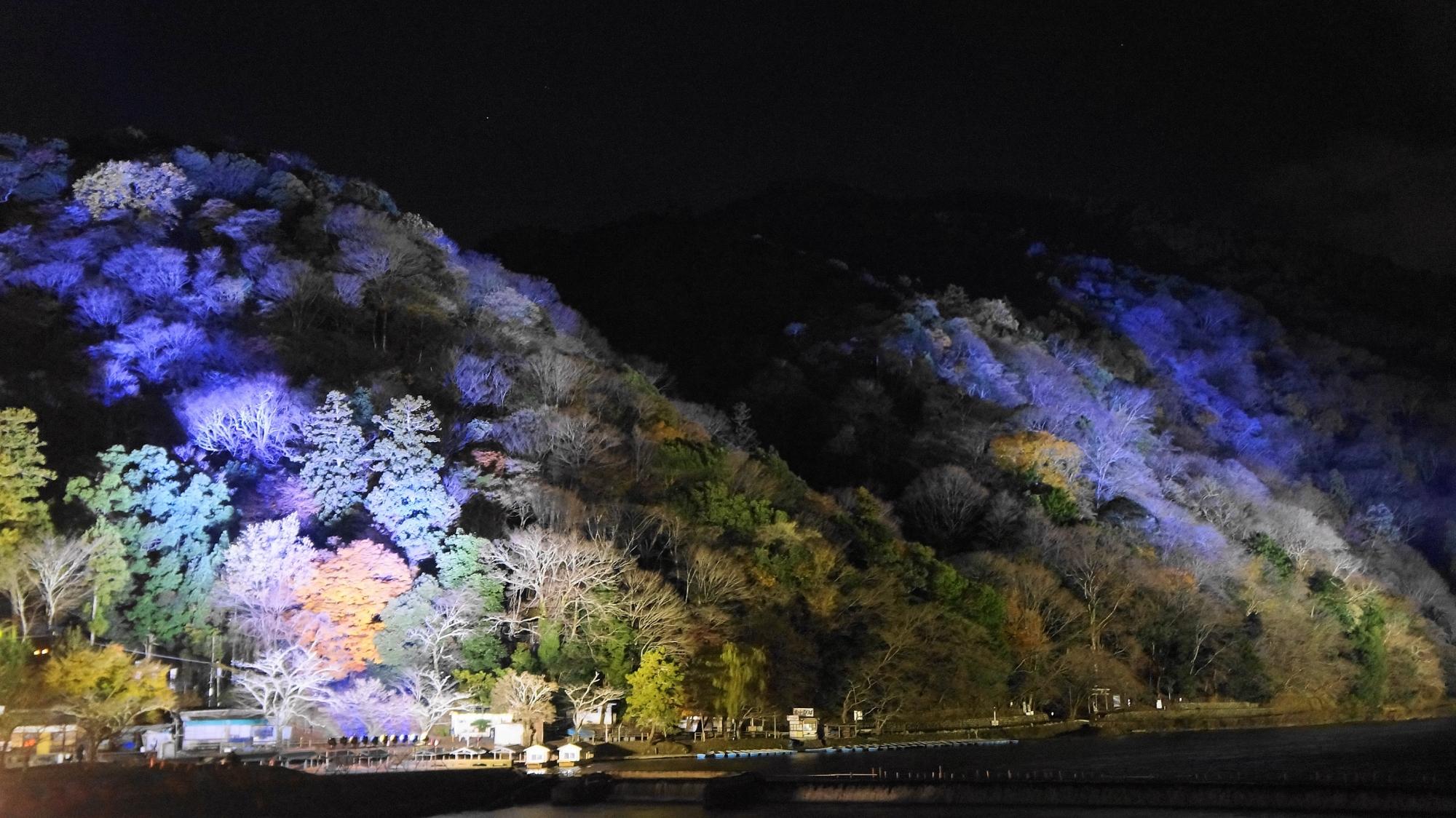 冬の嵐山ライトアップ