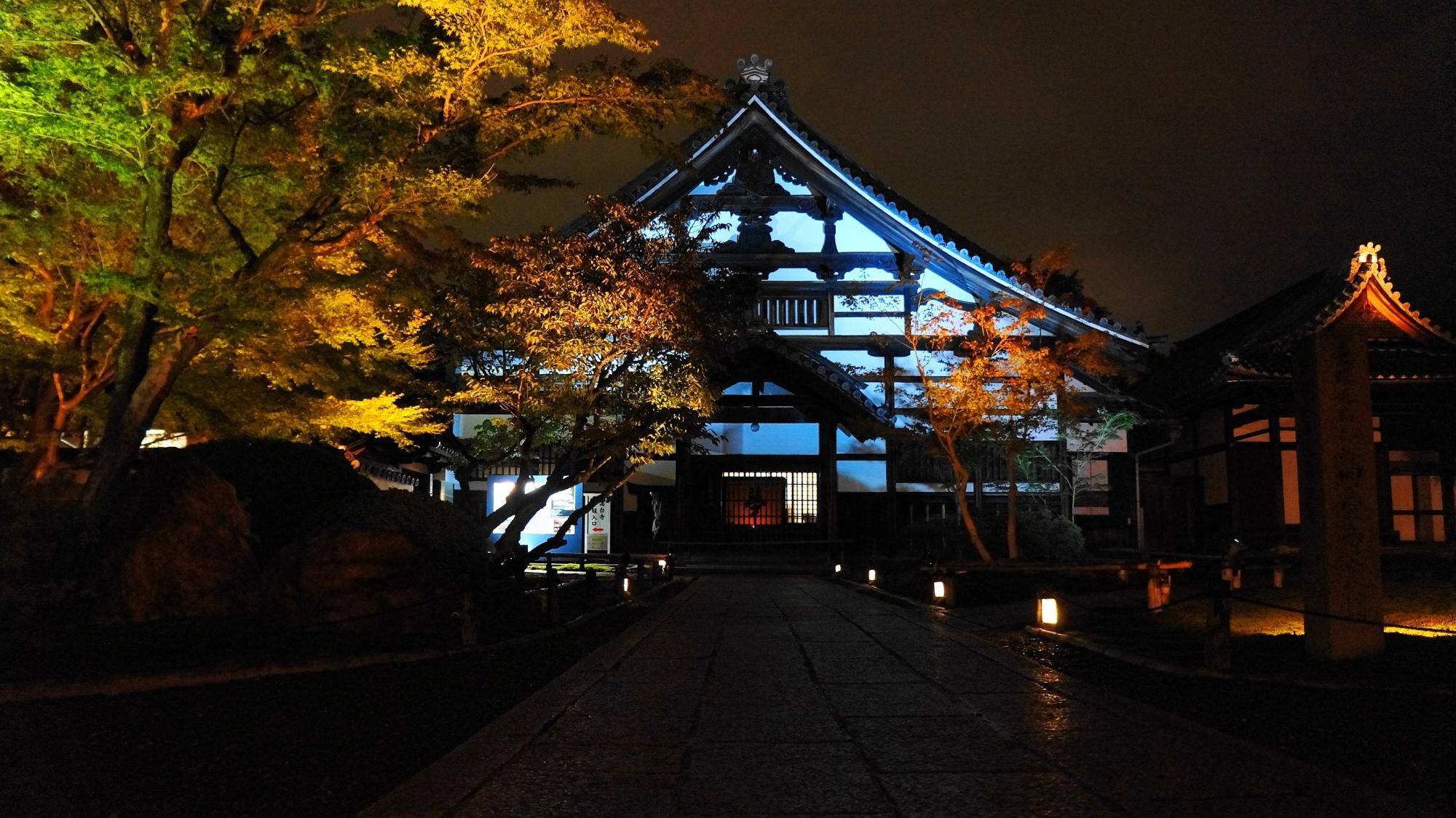 高台寺の庫裡のライトアップ