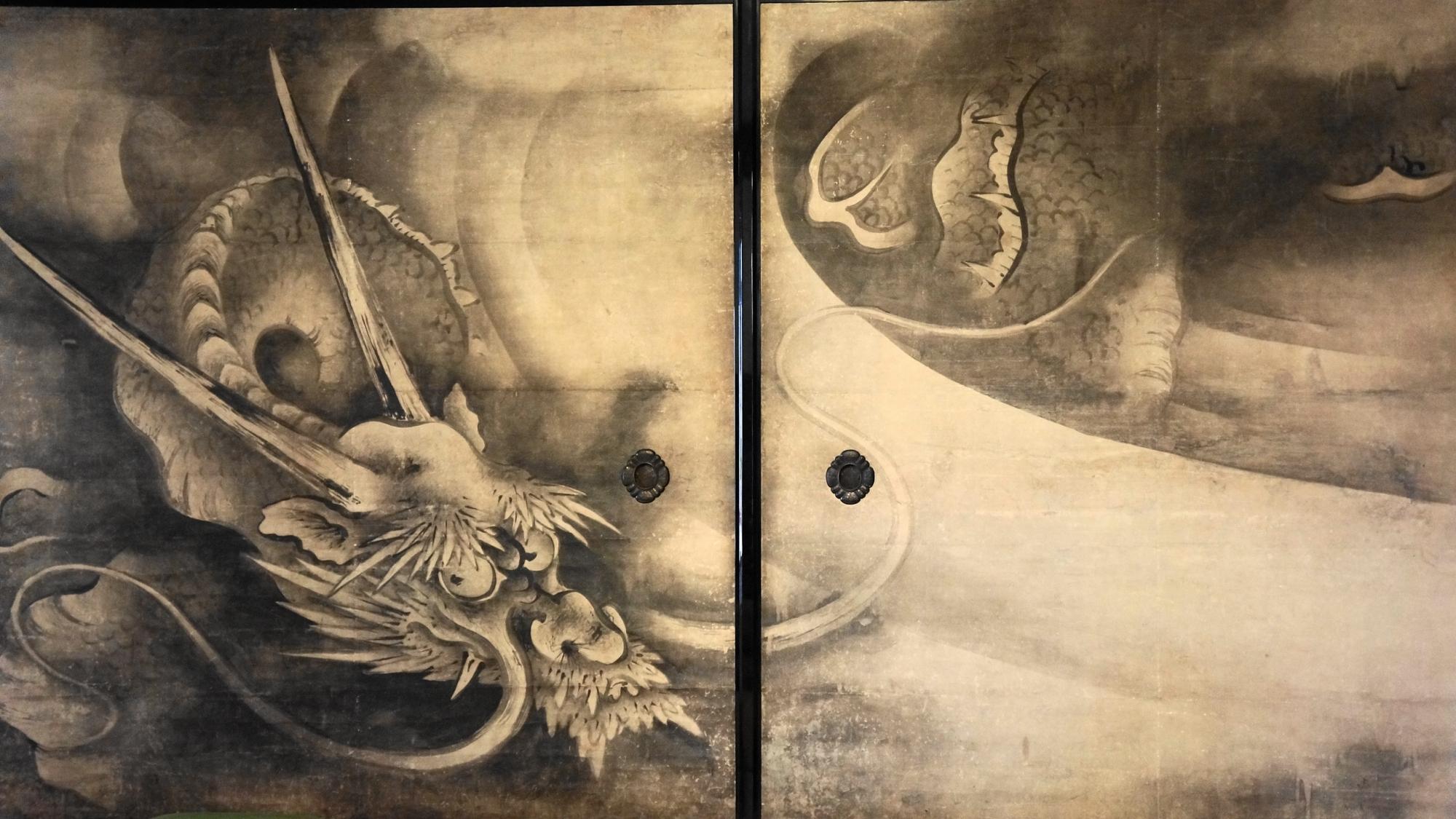 建仁寺の美しい雲龍図襖