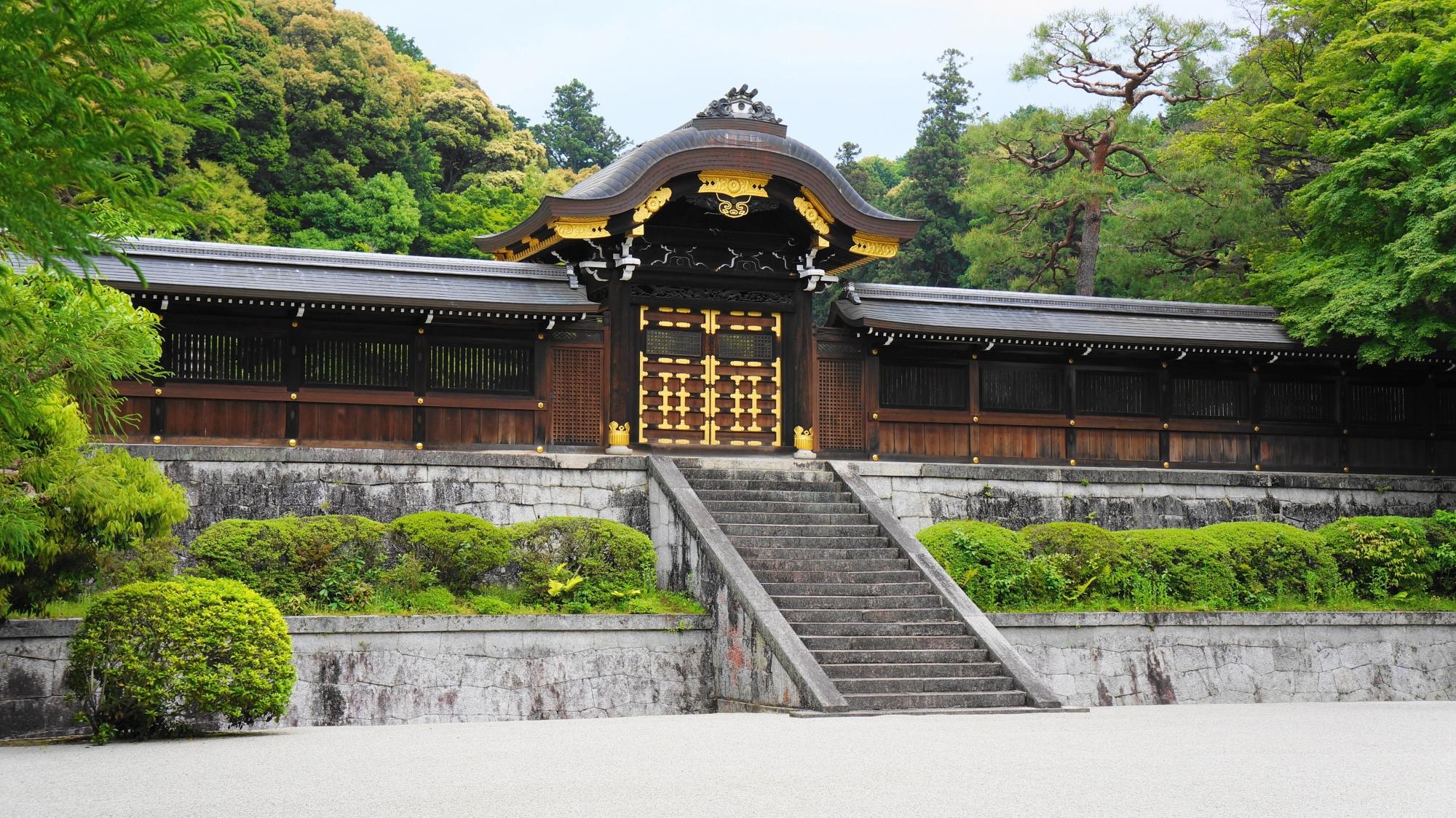 泉涌寺の美しい月輪陵