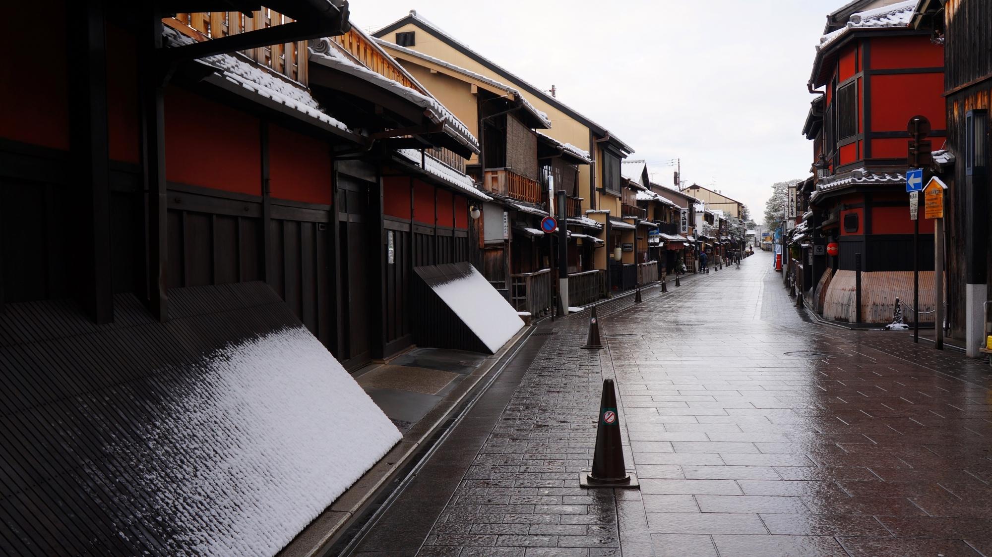 花見小路通の雪景色