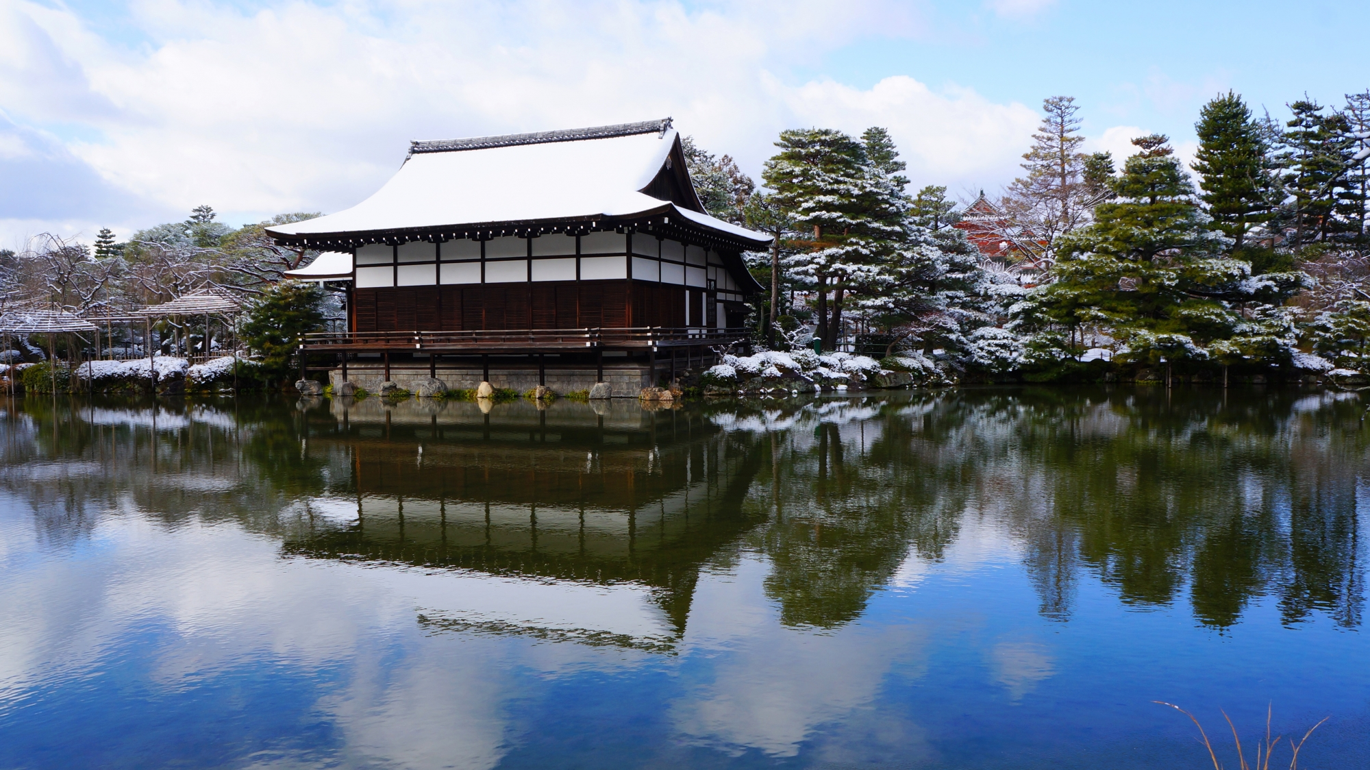 尚美館(しょうびかん)(貴賓館)の雪景色