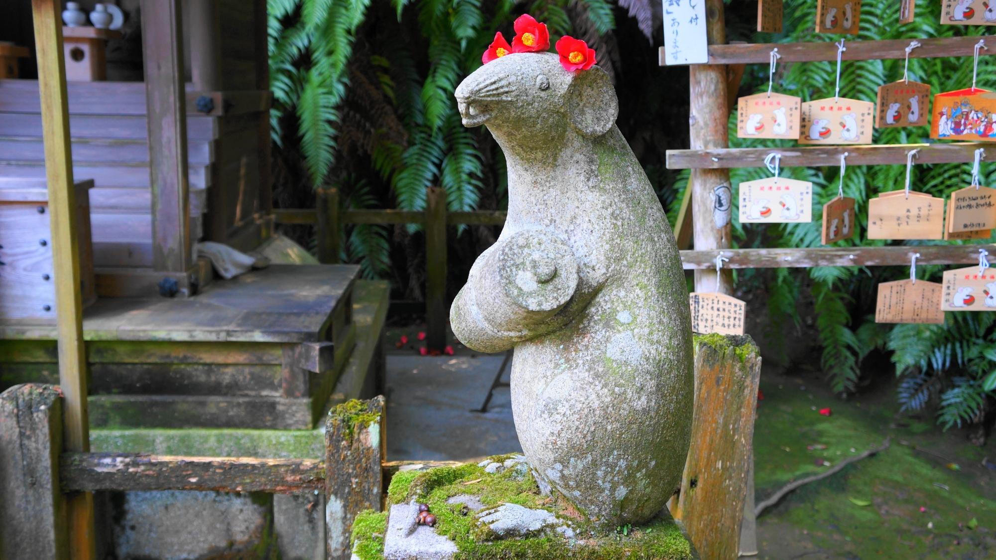 高画質 写真 狛ねずみ 大豊神社