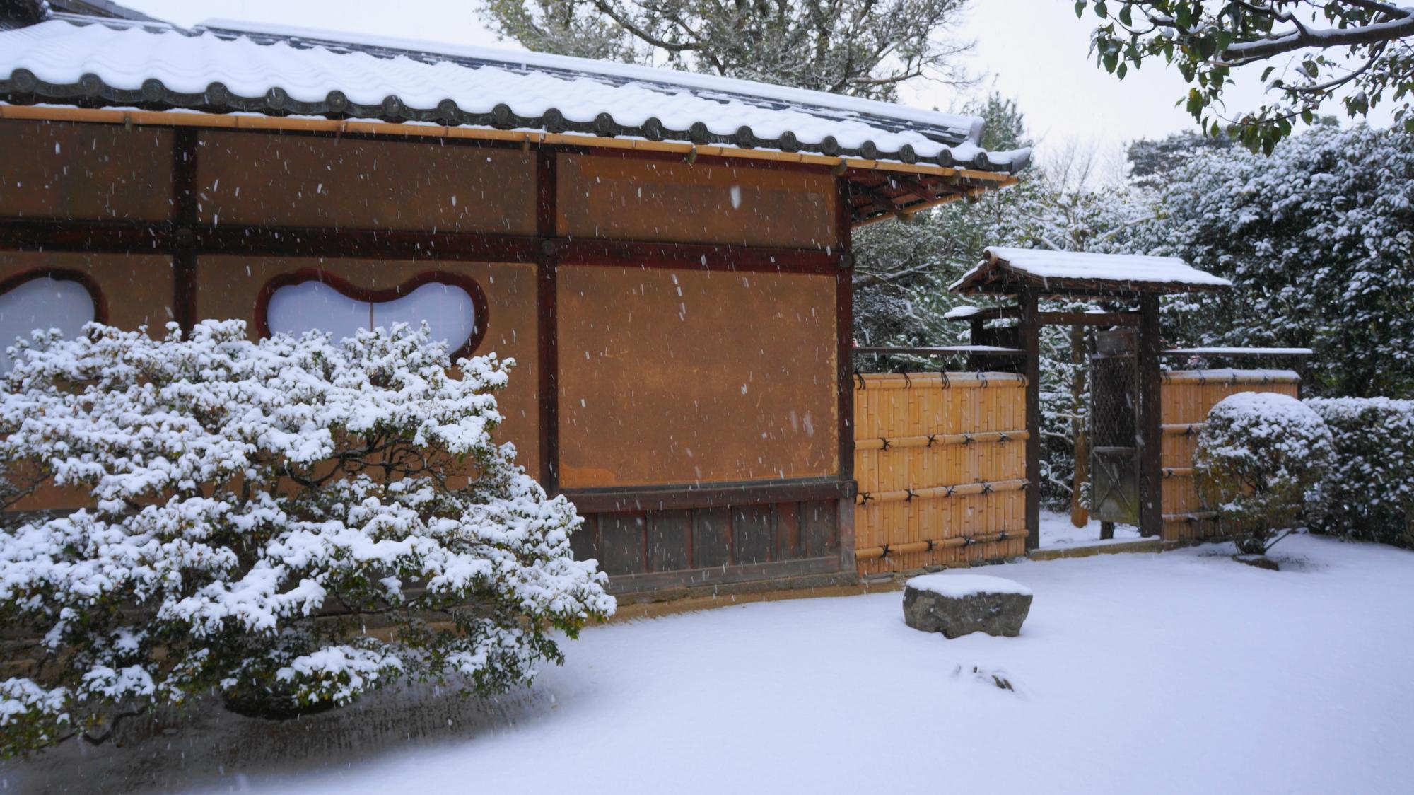 老梅関(ろうばいかん)付近の雪景色
