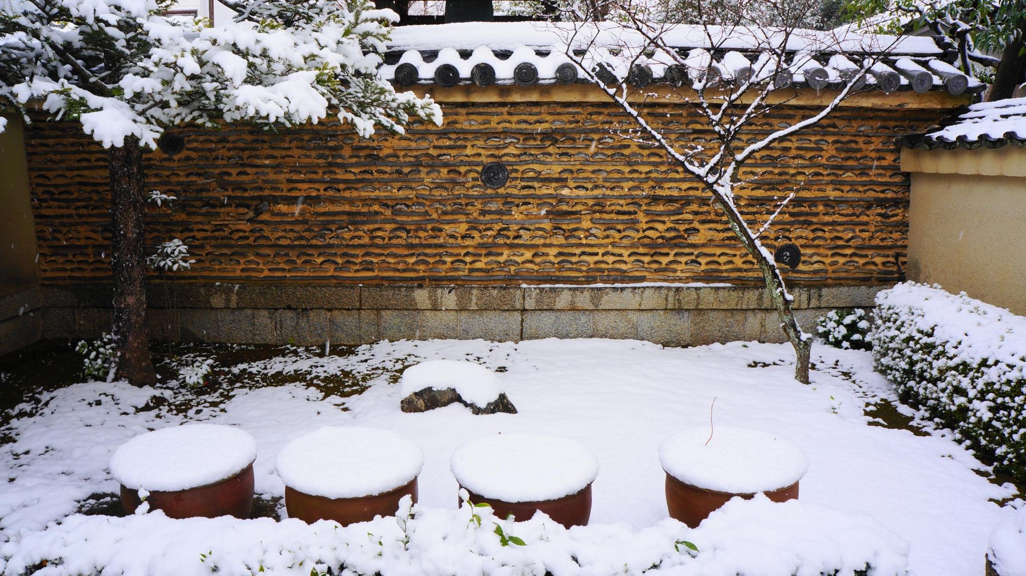 芳春院の素晴らしい雪景色
