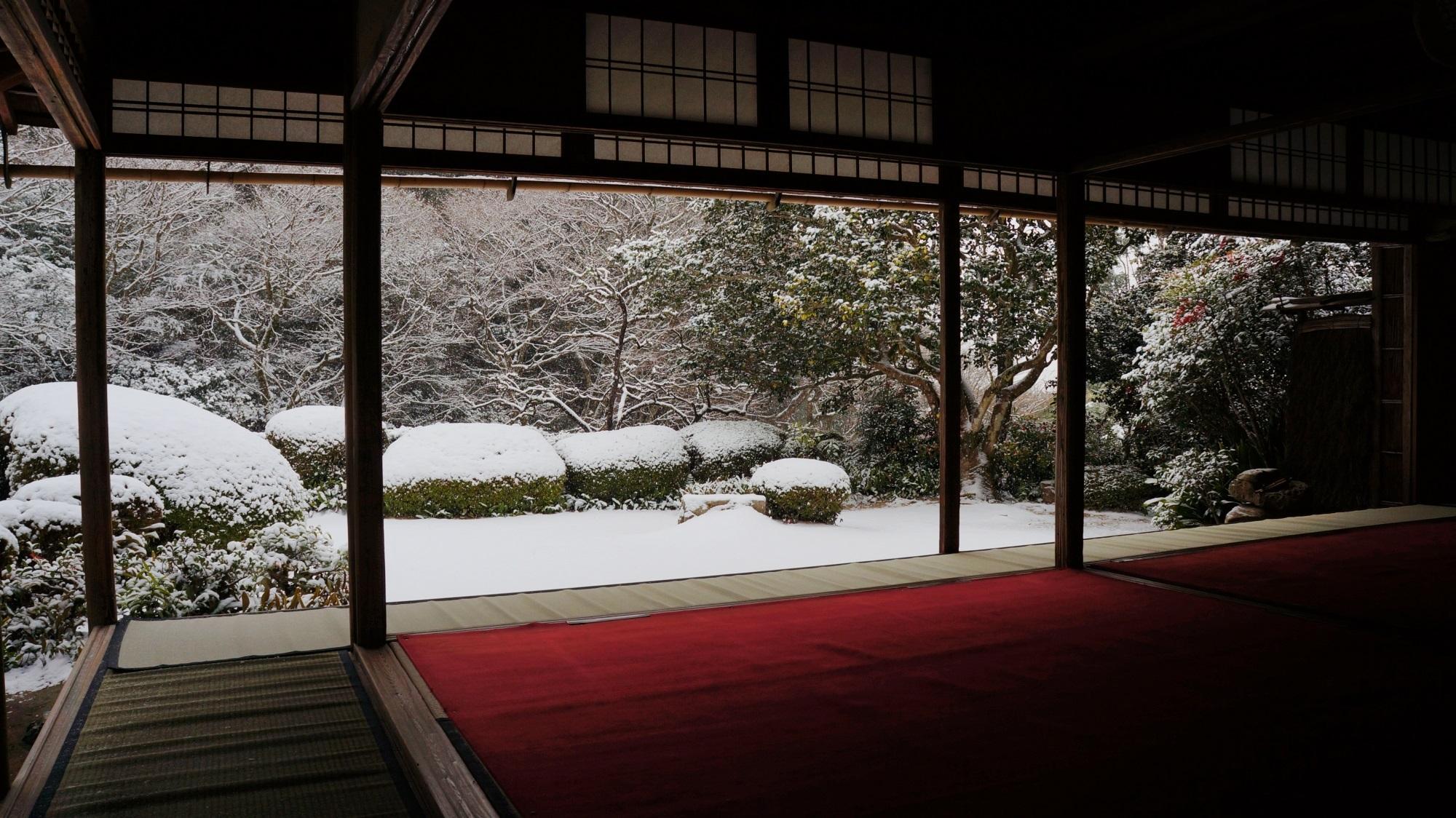 詩仙堂 雪 息をのむ名刹の冬景色