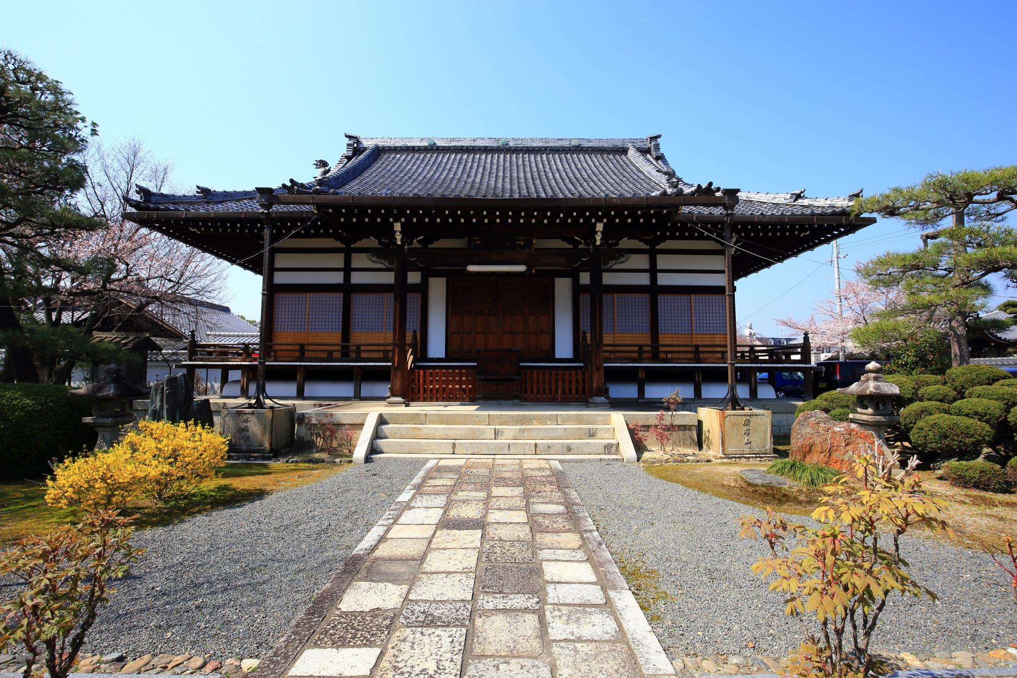 本満寺の本堂