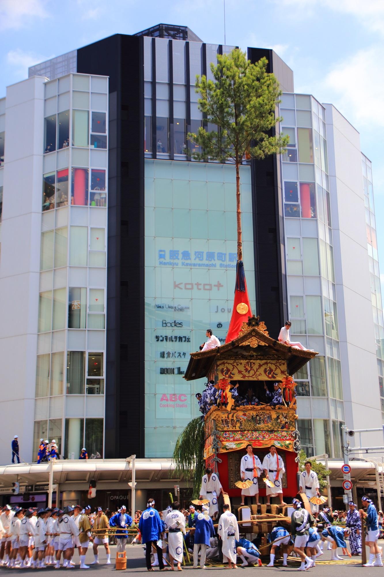 祇園祭後祭の山鉾巡行の北観音山(きたかんのんやま) 7月24日