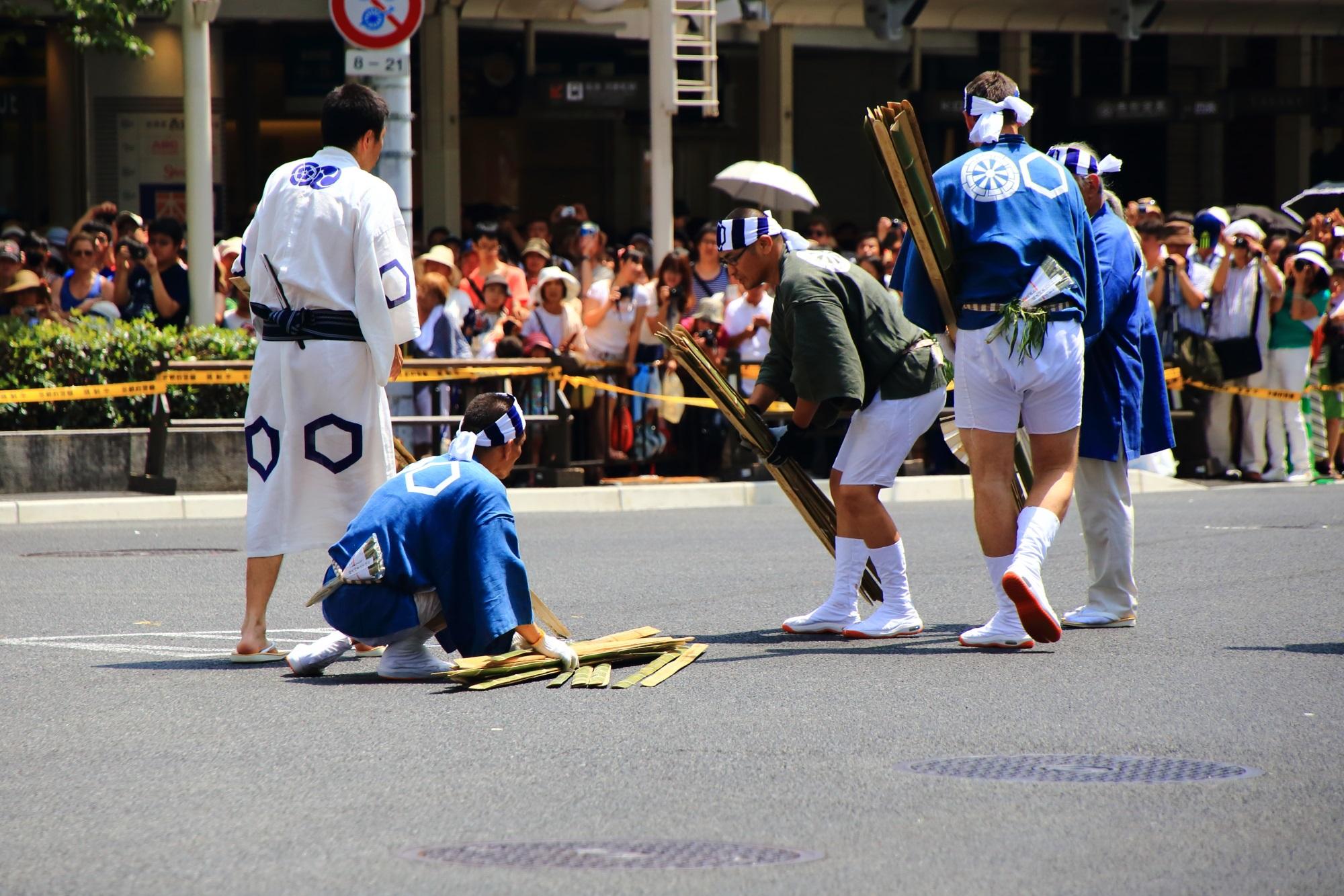 祇園祭後祭の山鉾巡行の北観音山(きたかんのんやま)の辻回し
