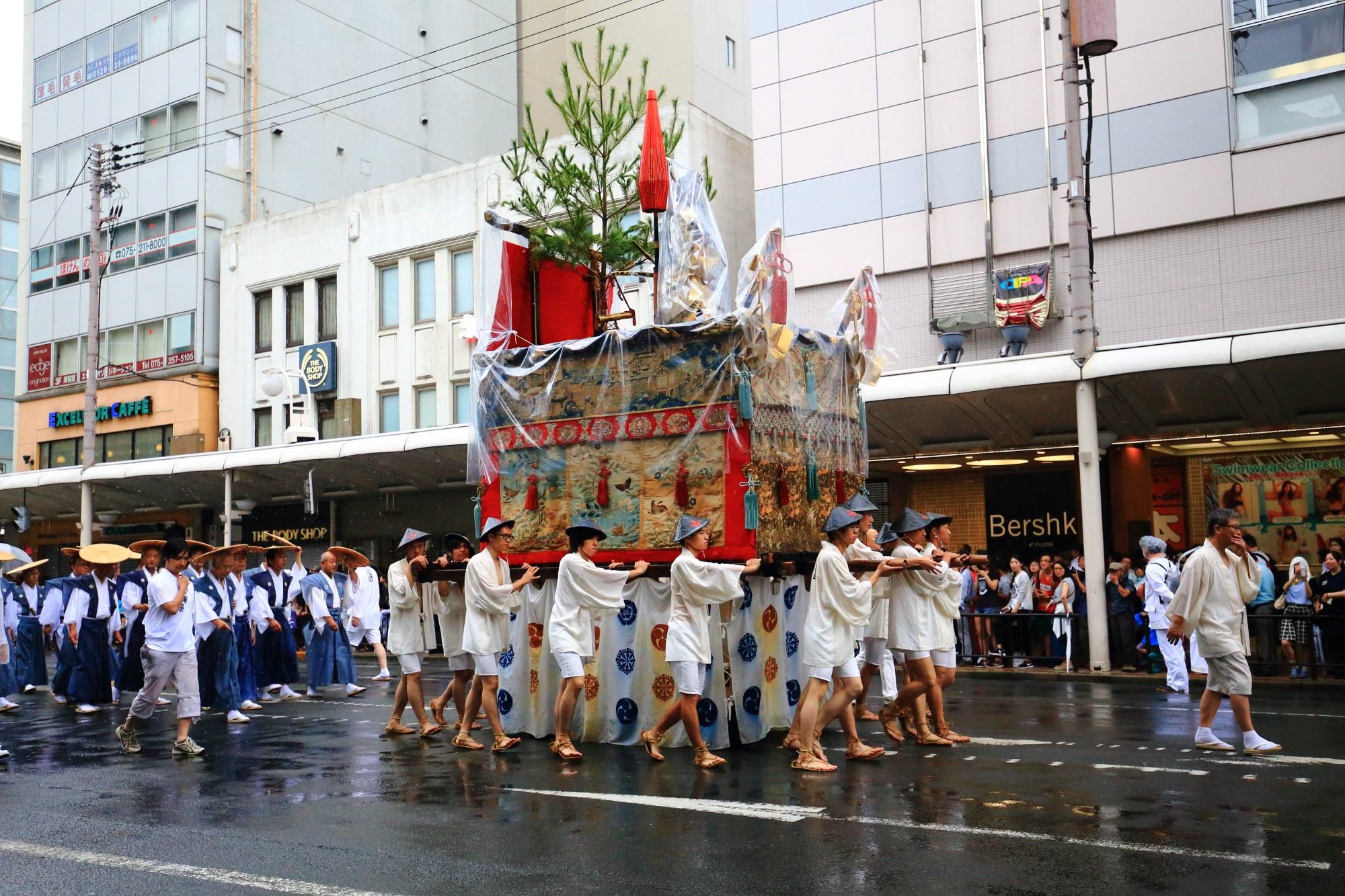 祇園祭山鉾巡行の山伏山(やまぶしやま)