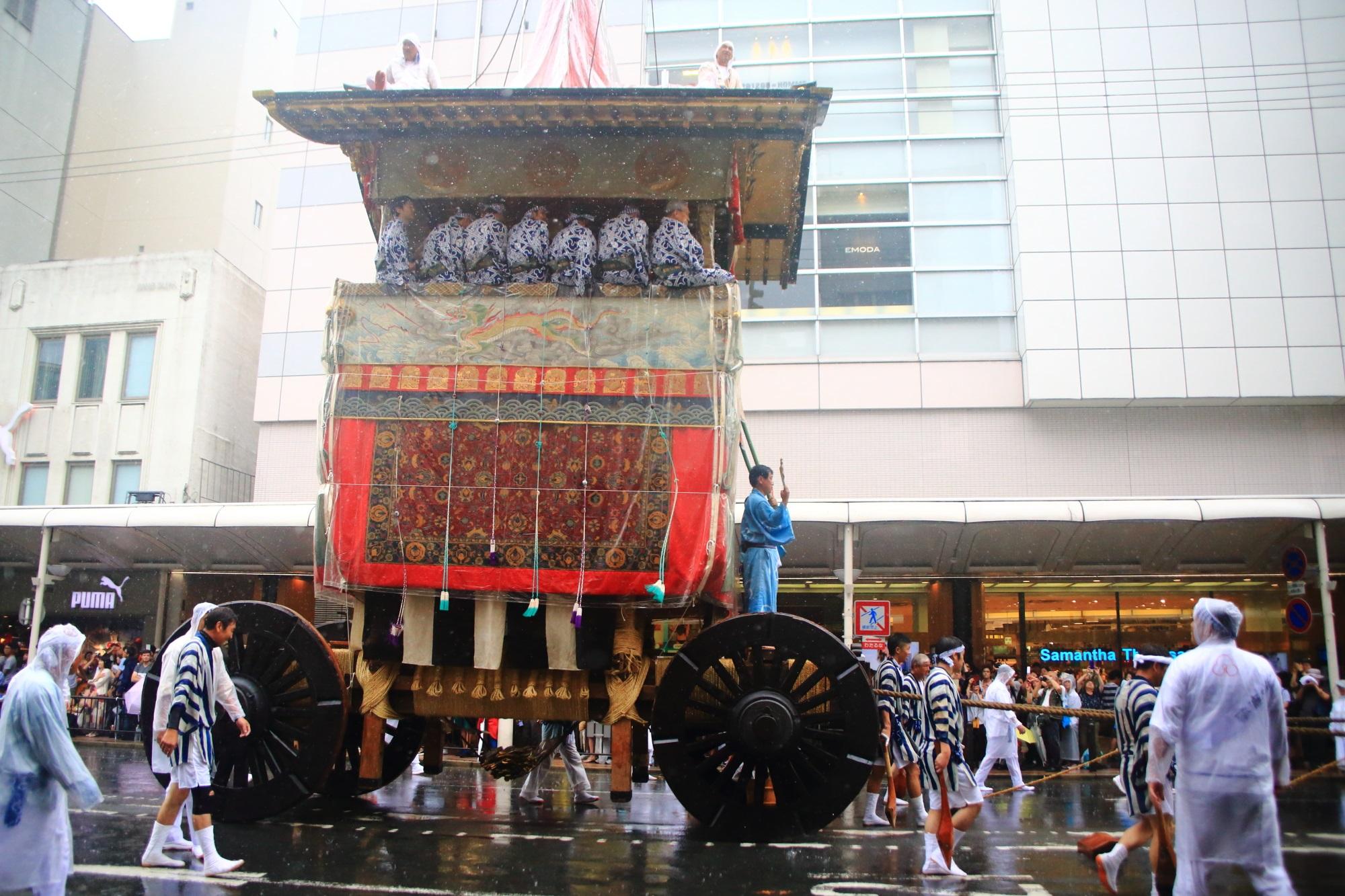 祇園祭の山鉾巡行の放下鉾
