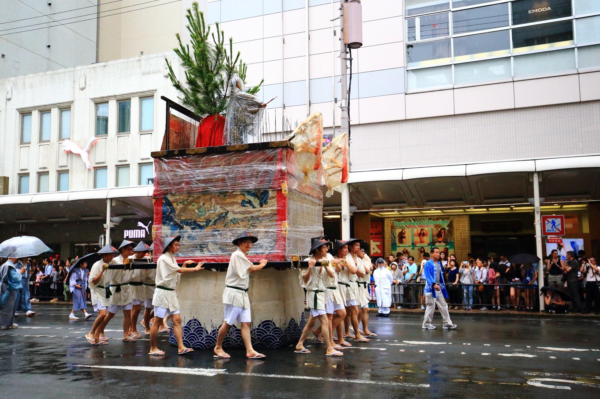 祇園祭の山鉾巡行の木賊山(とくさやま) 7月