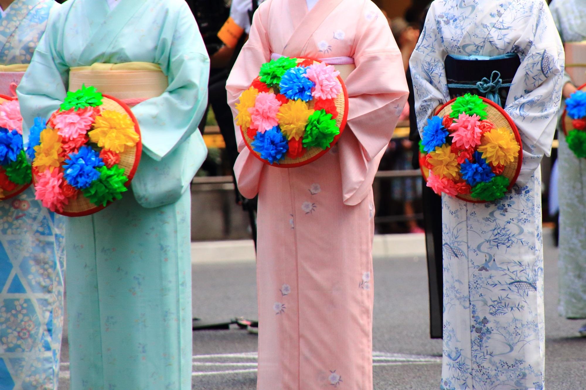 祇園祭の花傘巡行の花傘娘