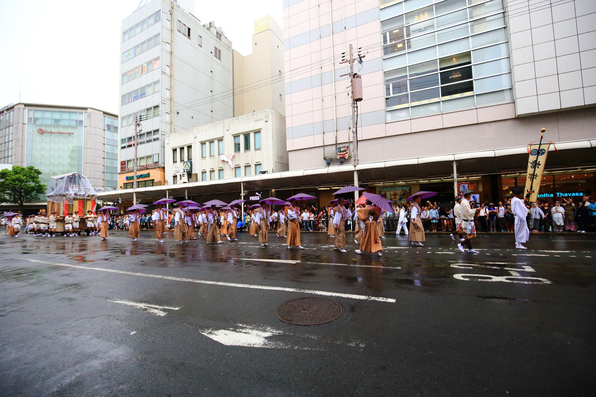 祇園祭の山鉾巡行の蟷螂山(とうろうやま)
