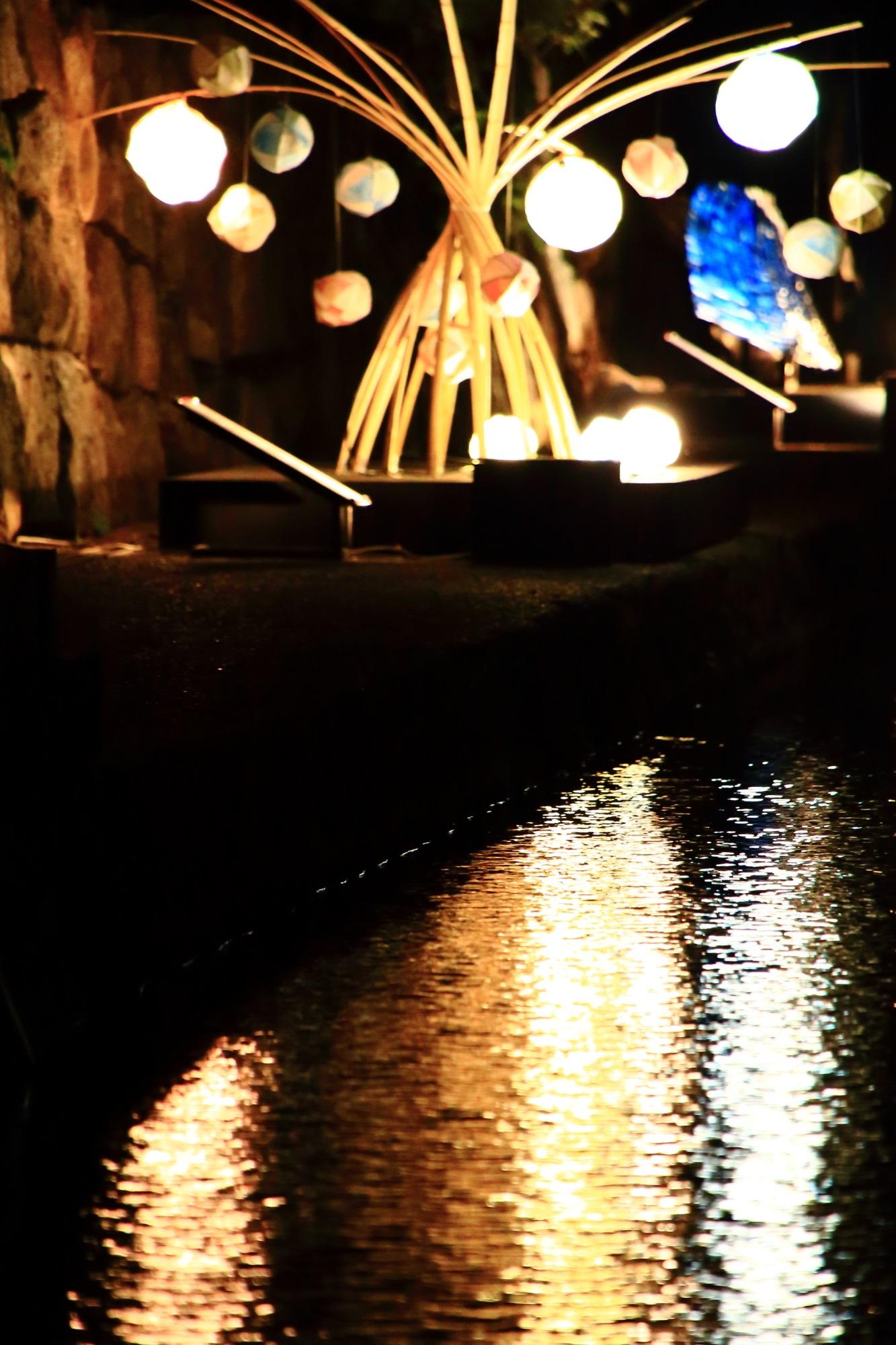 京の七夕堀川会場の竹と光と友禅のアート作品展示