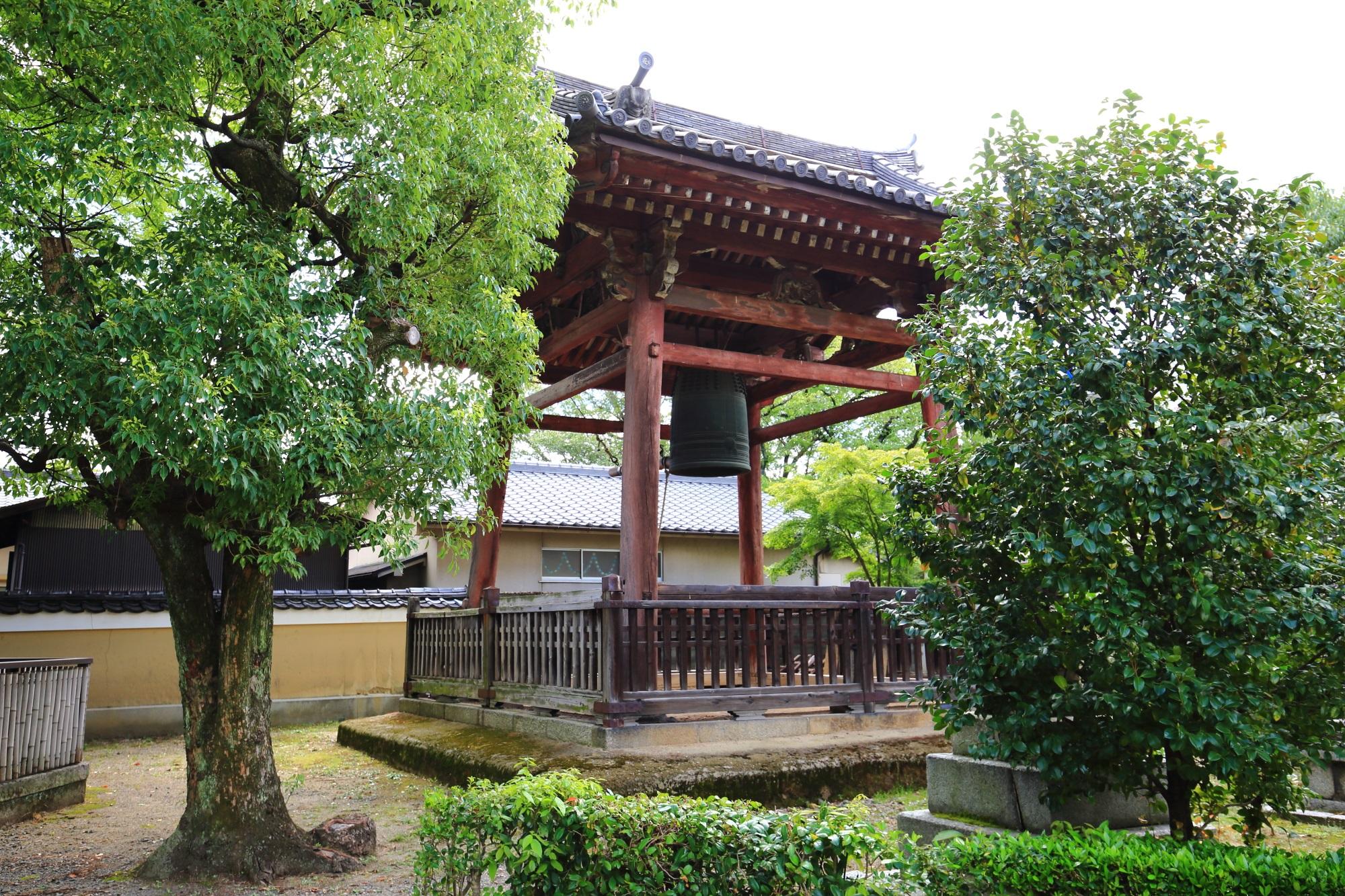 浄福寺の鐘楼