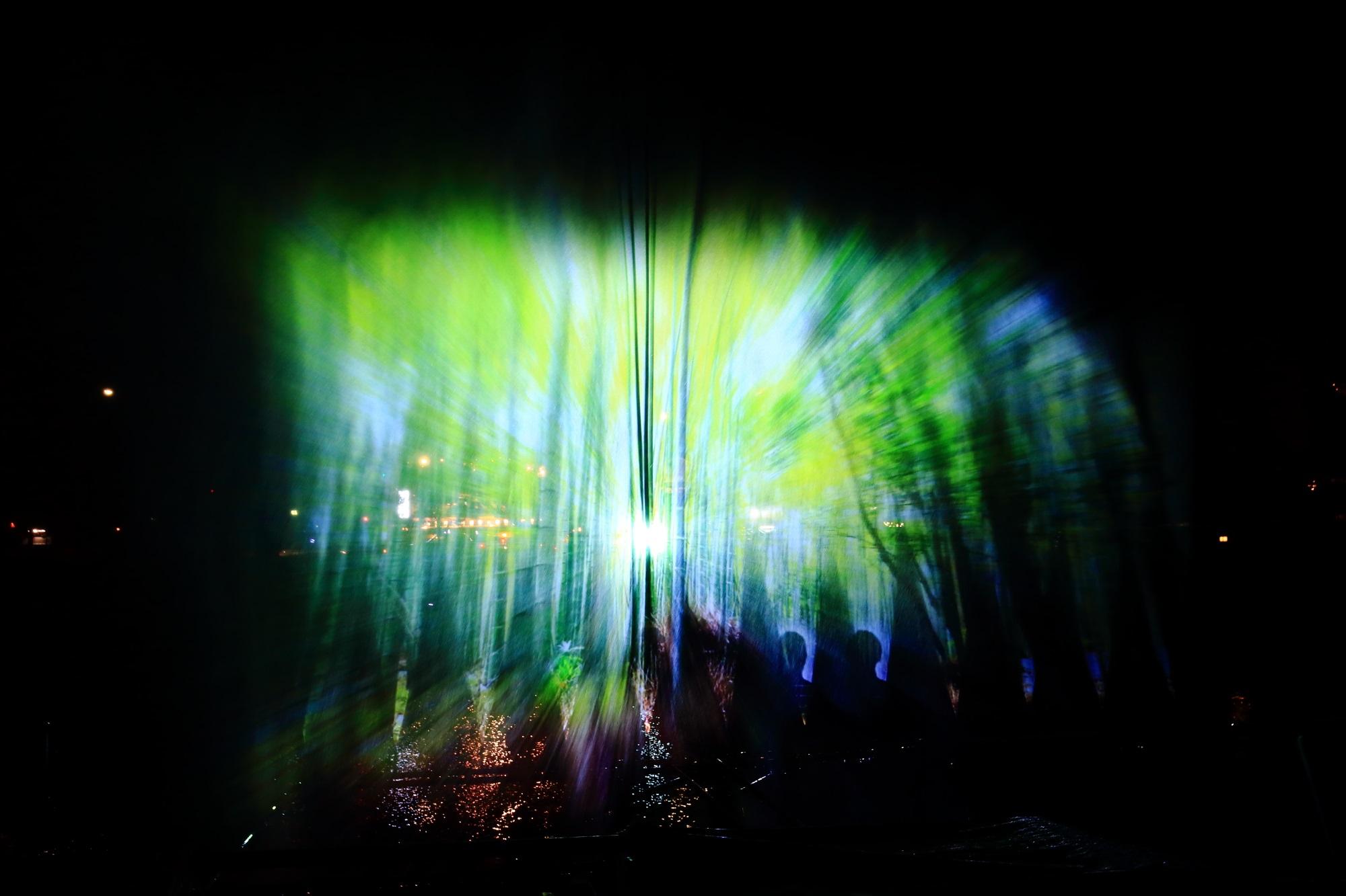京の七夕鴨川会場の綺麗なウォーターアートプロジェクション