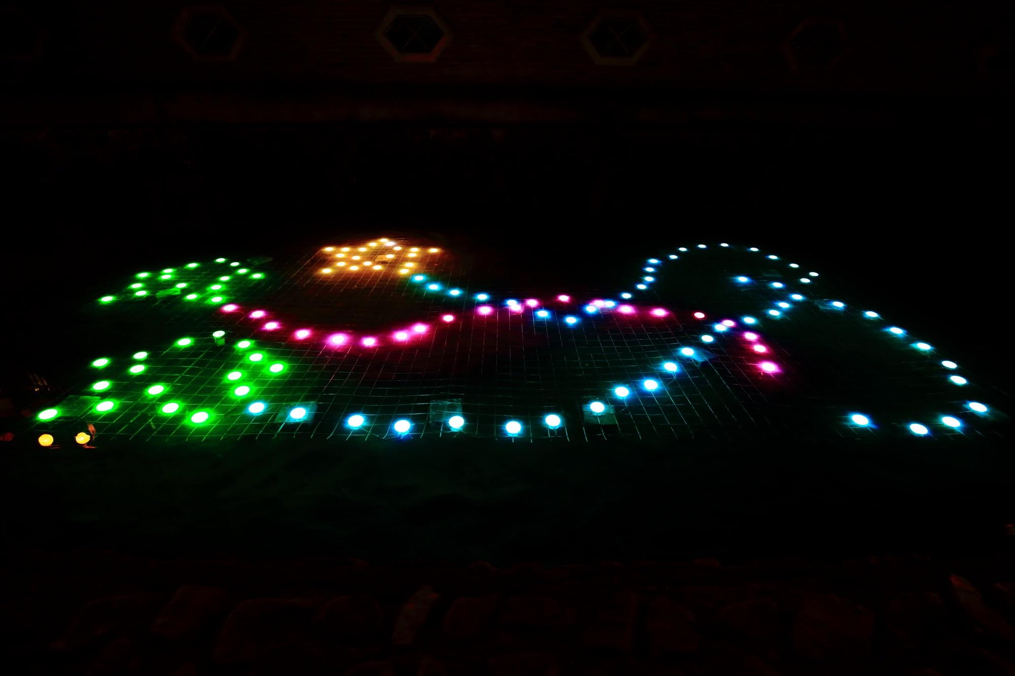 京の七夕鴨川会場の綺麗なみそそぎ川の光の演出