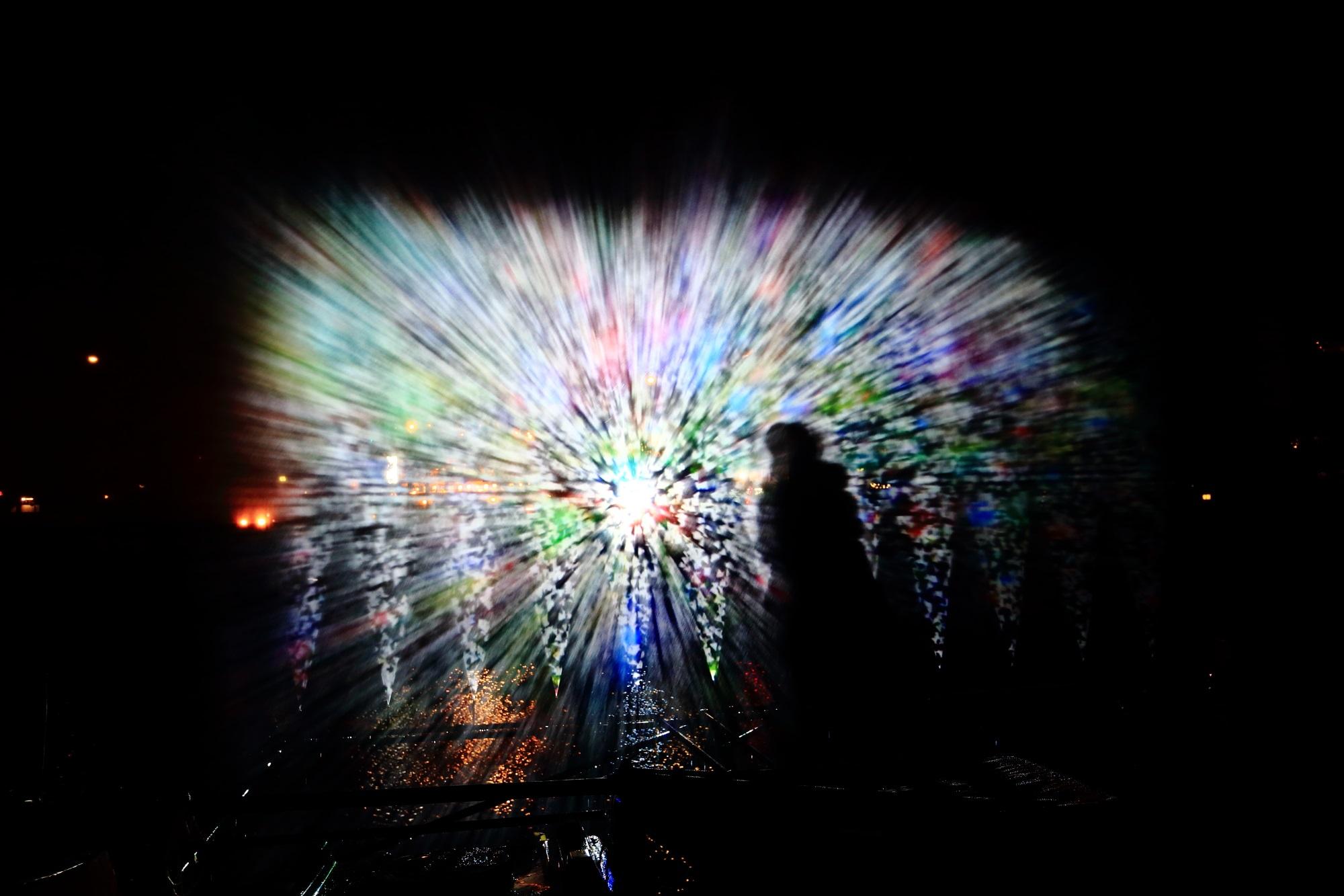 ウォーターアートプロジェクション 光の演出 幻想的 京の七夕 鴨川