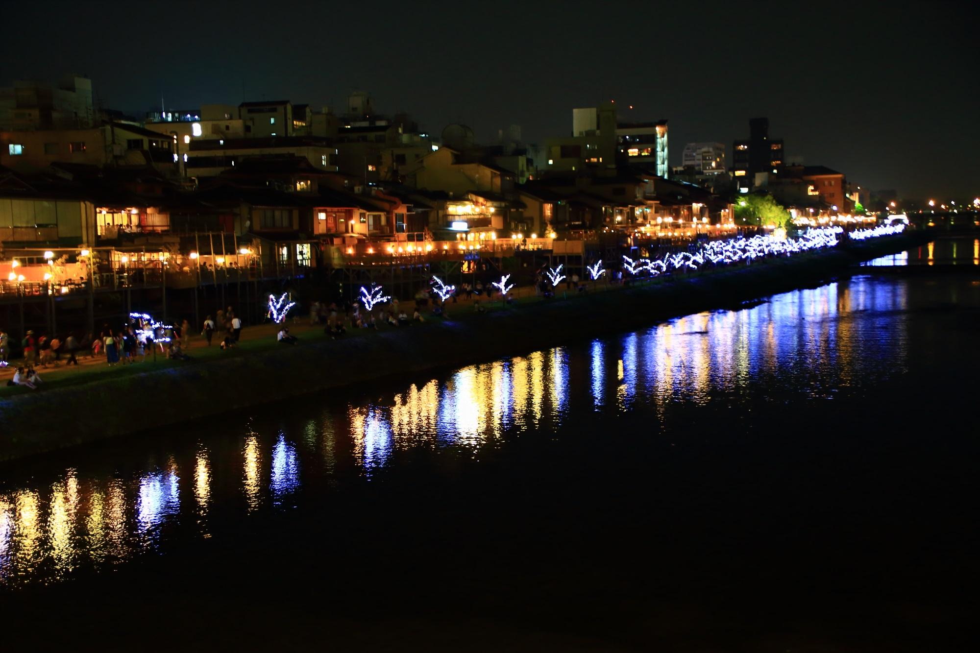 京の七夕の鴨川会場