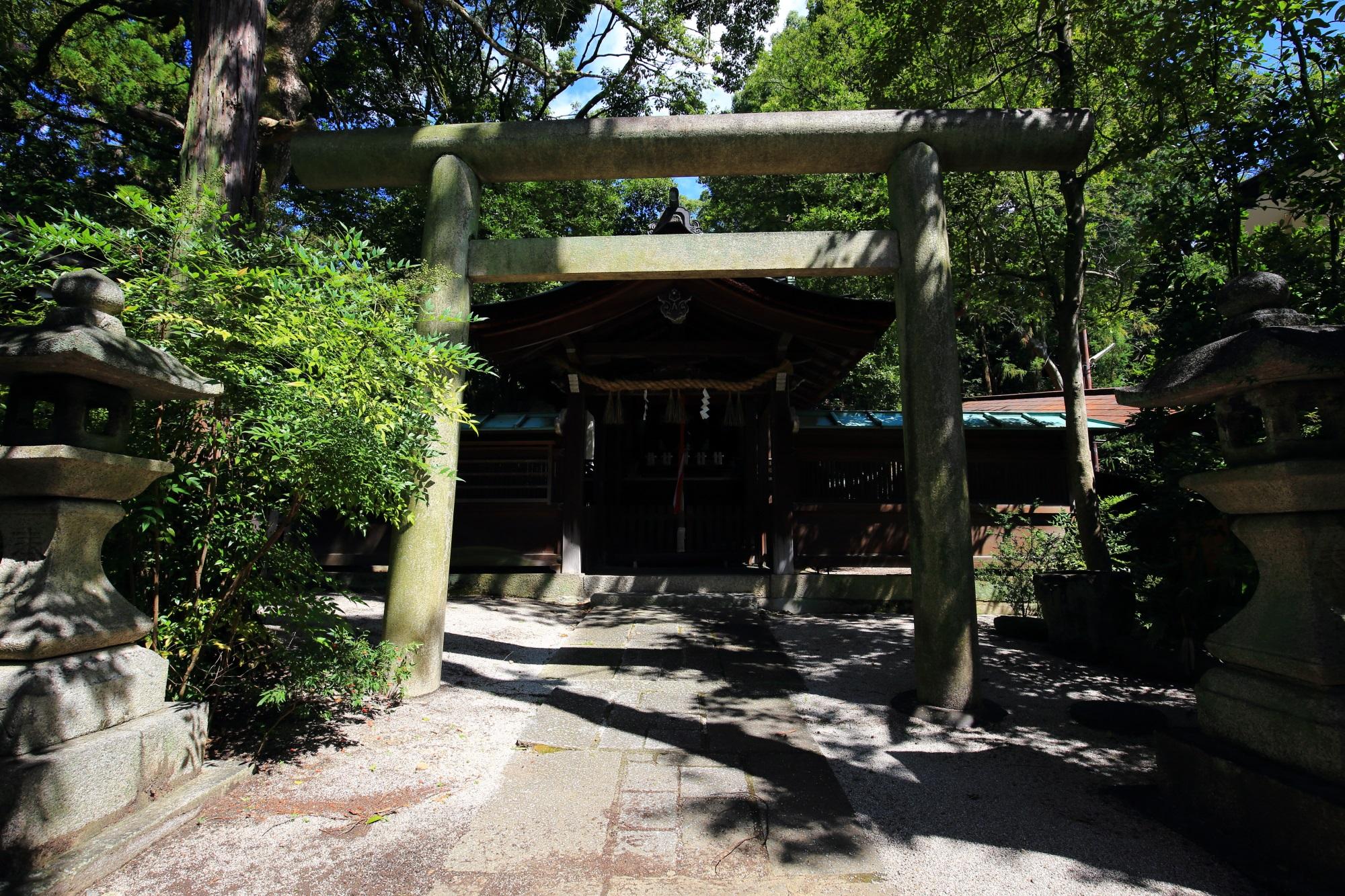 岡崎神社の雨社(あましゃ)