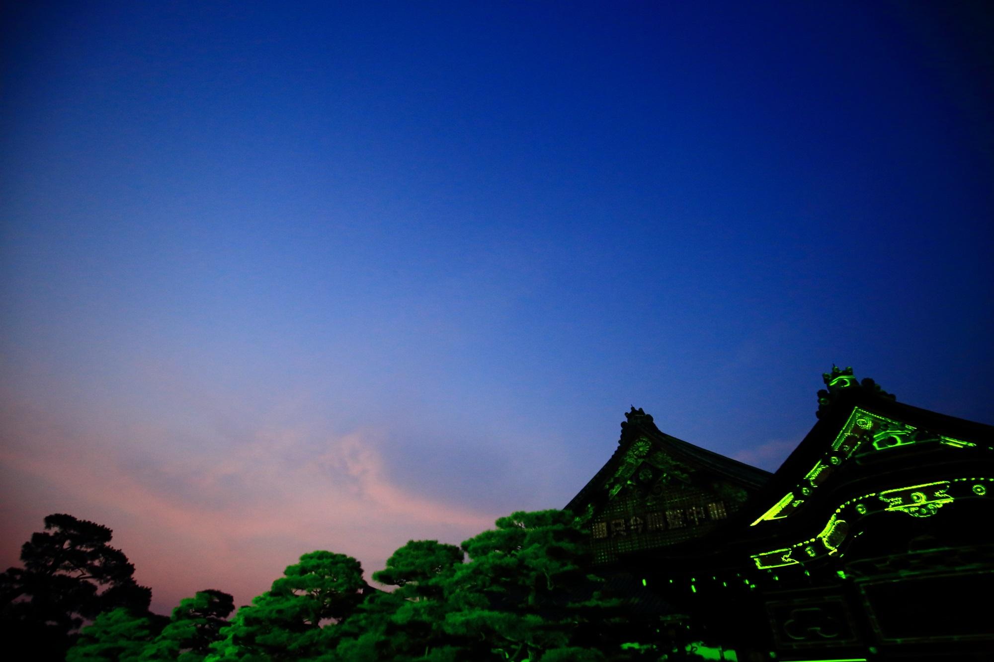 京の七夕堀川会場の二条城二の丸御殿と空