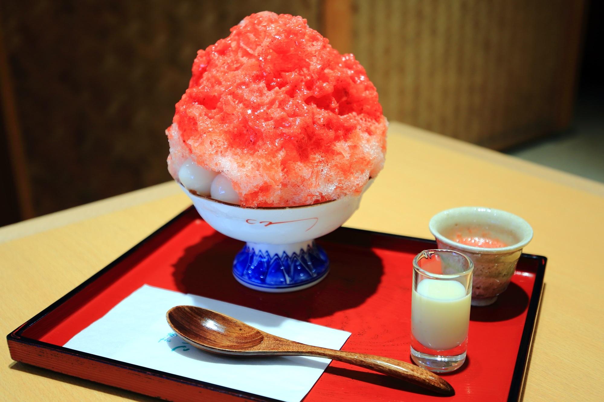 わがまま氷 あまおう 祇園小石(茶房こいし) 贅沢な絶品かき氷