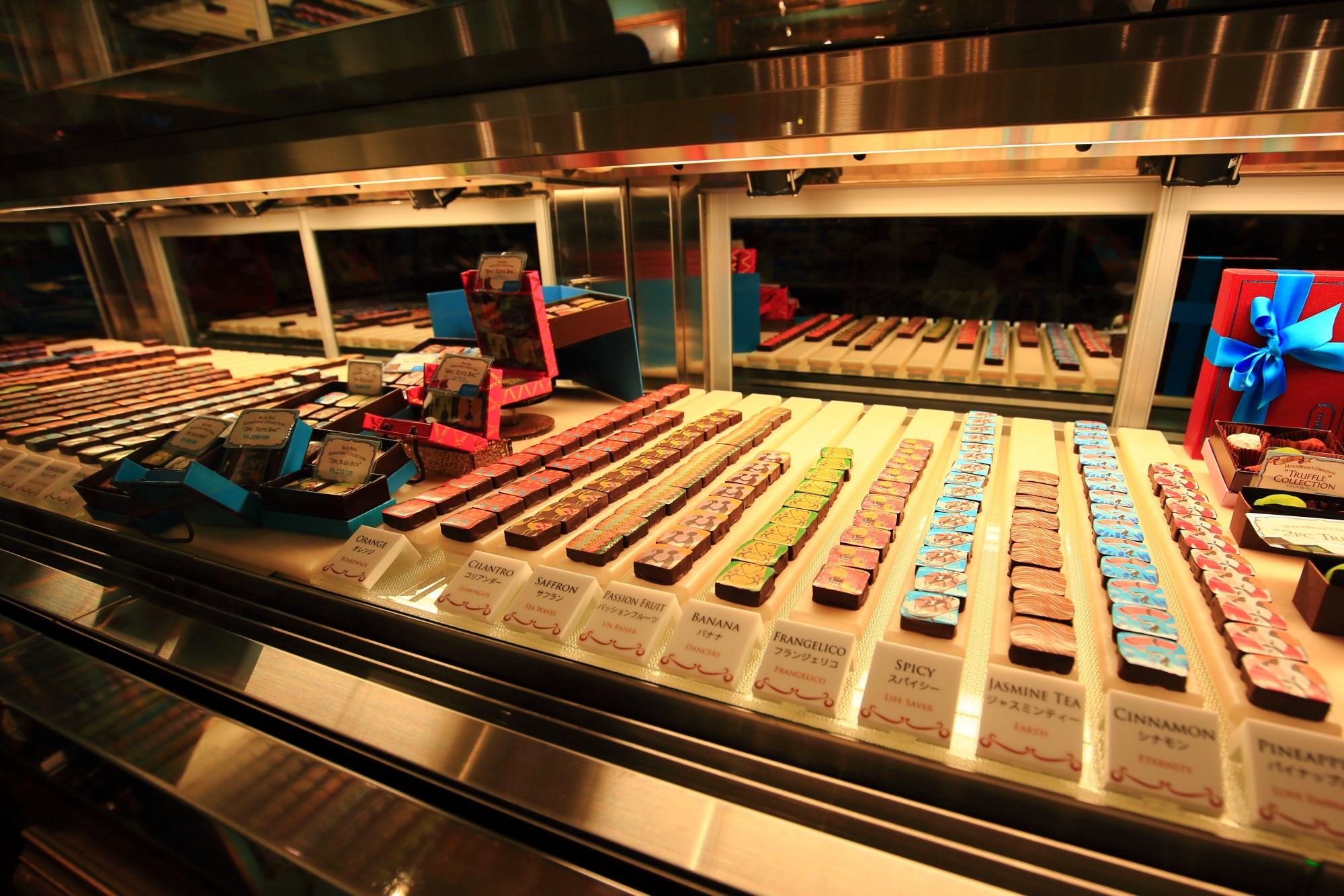 マリベル 京都 お洒落で豪華なチョコレートの宮殿