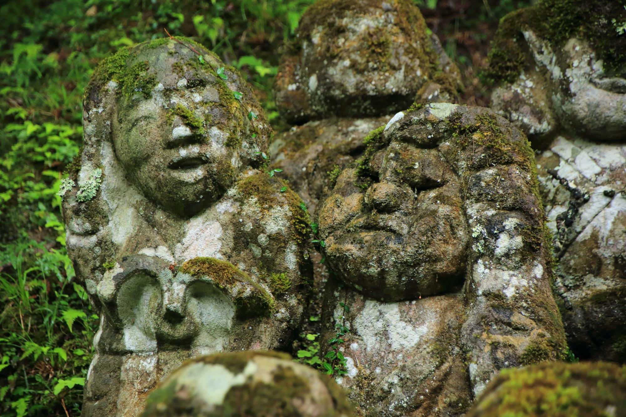 愛宕念仏寺のヨーロッパ風の千二百羅漢