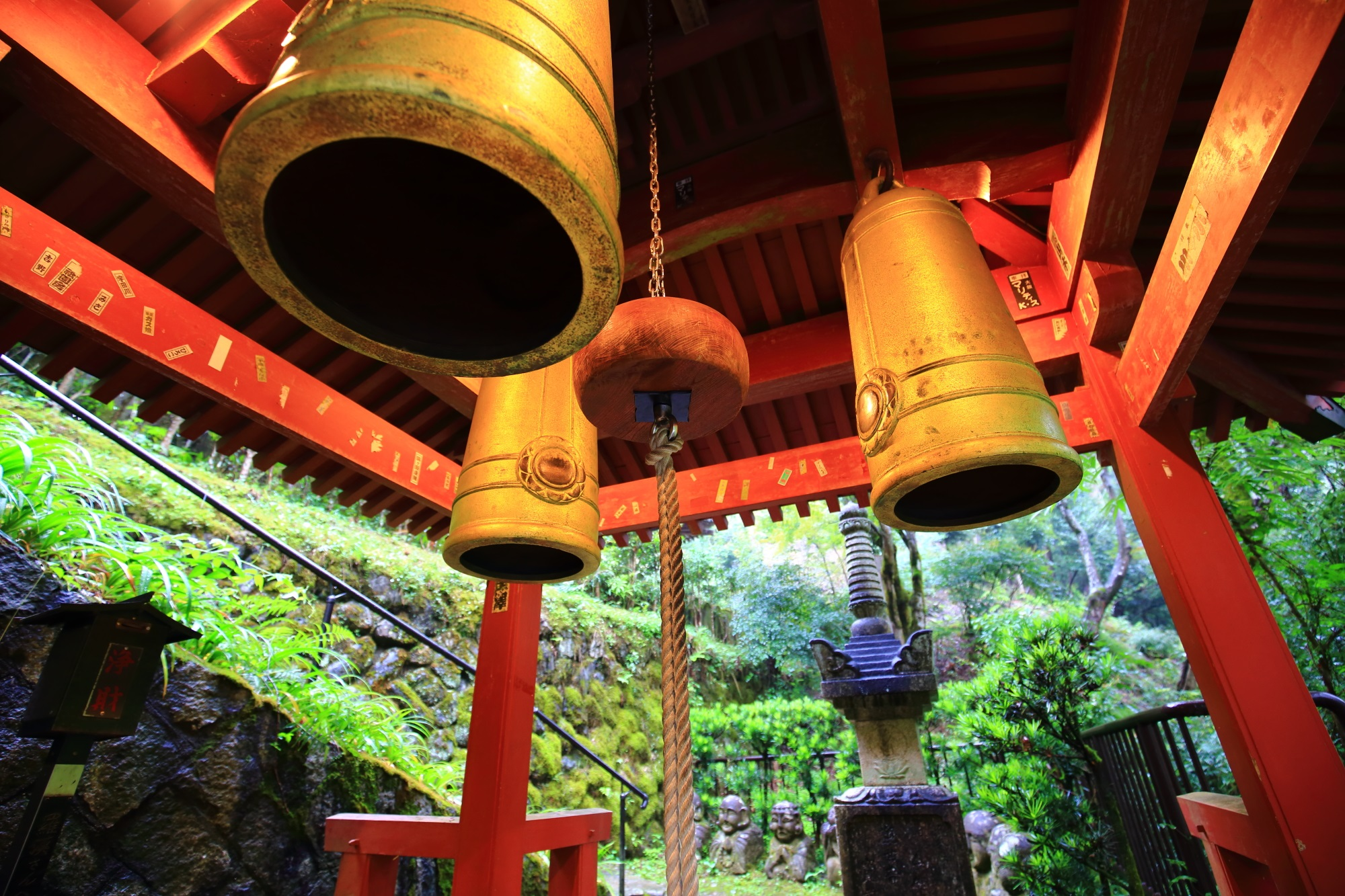 愛宕念仏寺 三宝の鐘