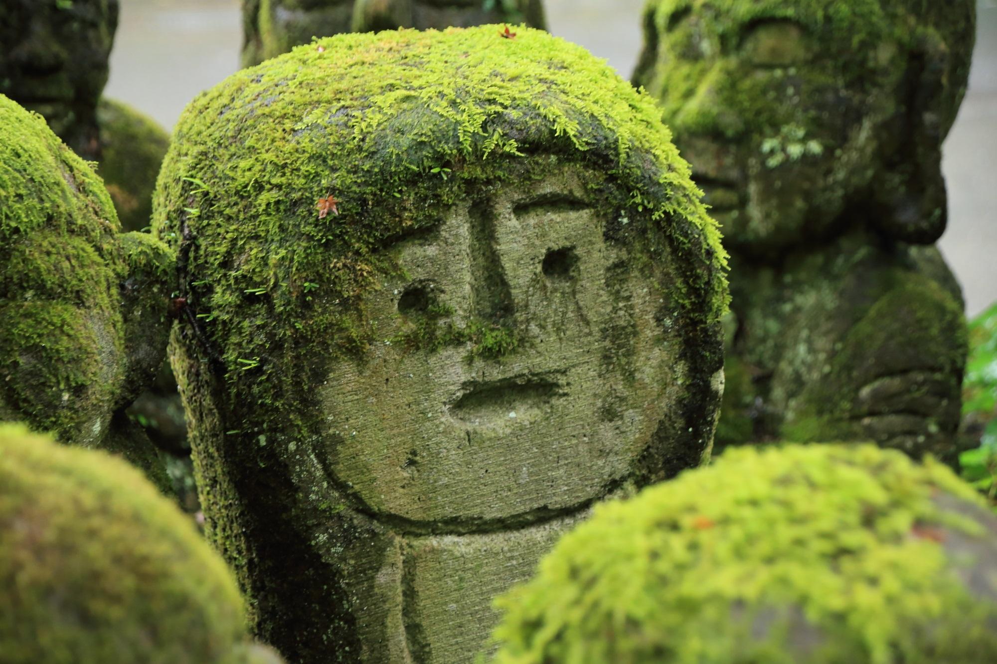 愛宕念仏寺のロボットの千二百羅漢