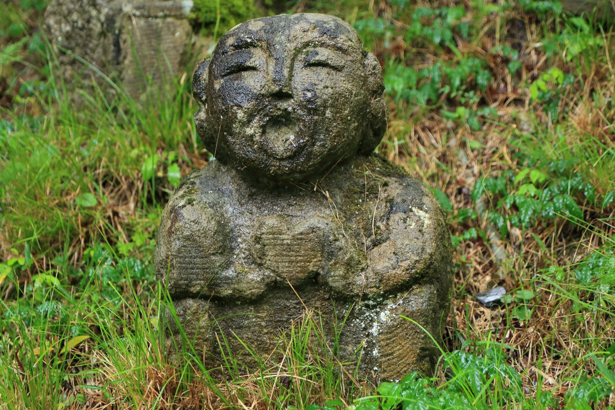 愛宕念仏寺のハートの千二百羅漢
