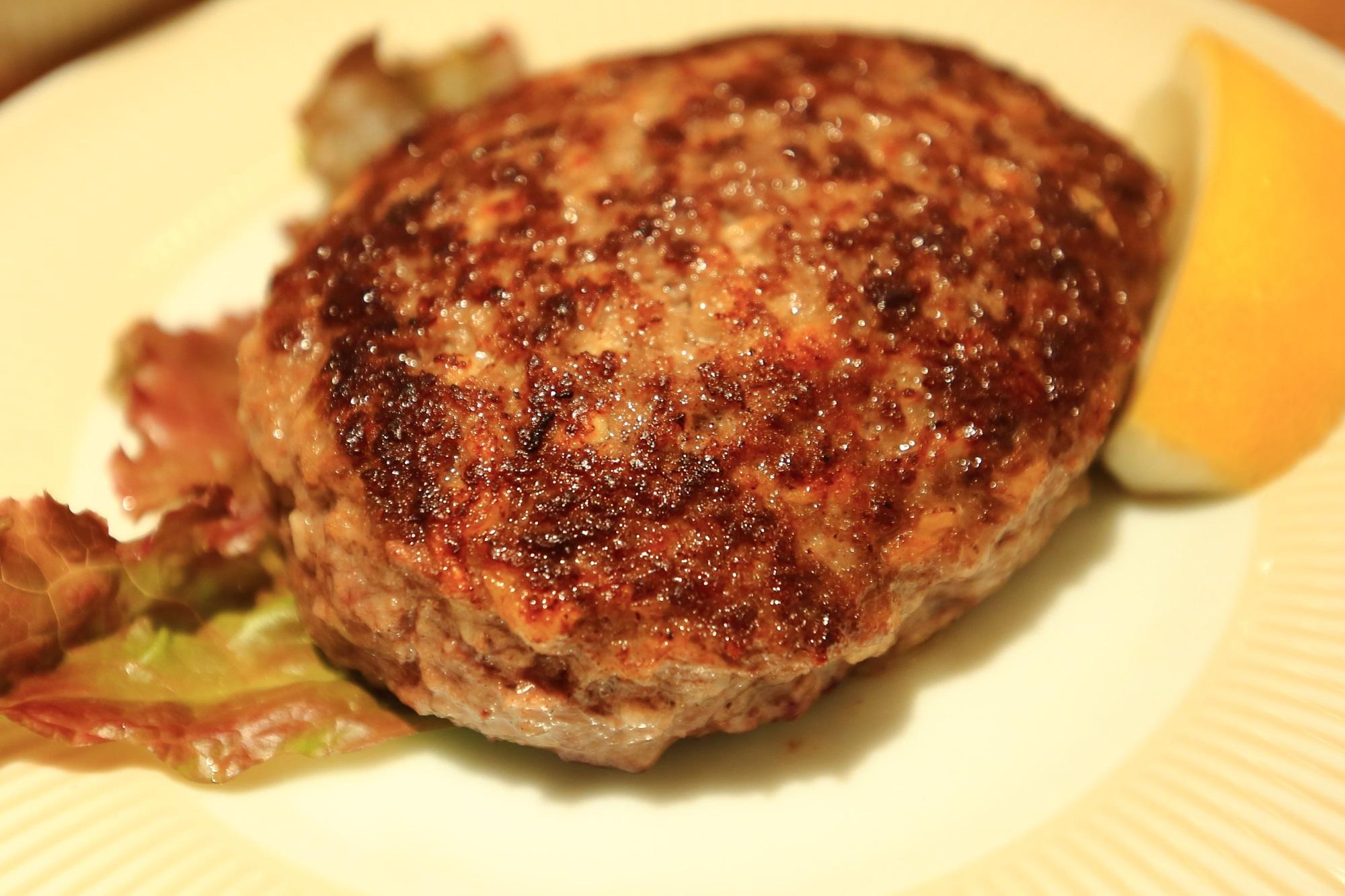 こだわりのハンバーグ専門店ハンバーグラボ【HAMBURG LABO】の黒毛和牛100%ハンバーグランチ(M)