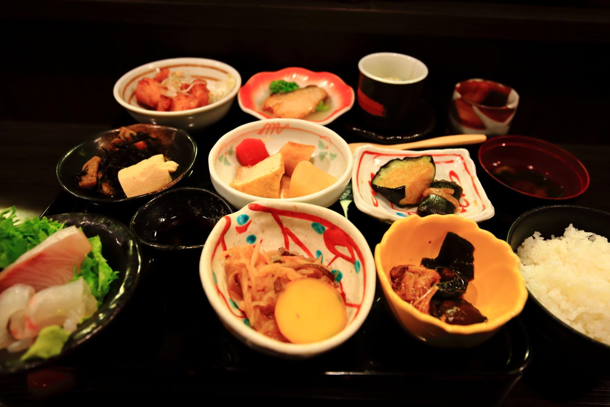 おくどはん御膳 おばんざい 御幸町 おくどはん 和食ランチ