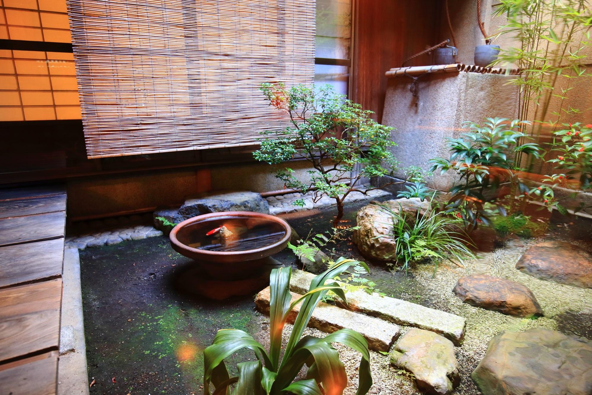 甘味処栖園(せいえん)の中庭
