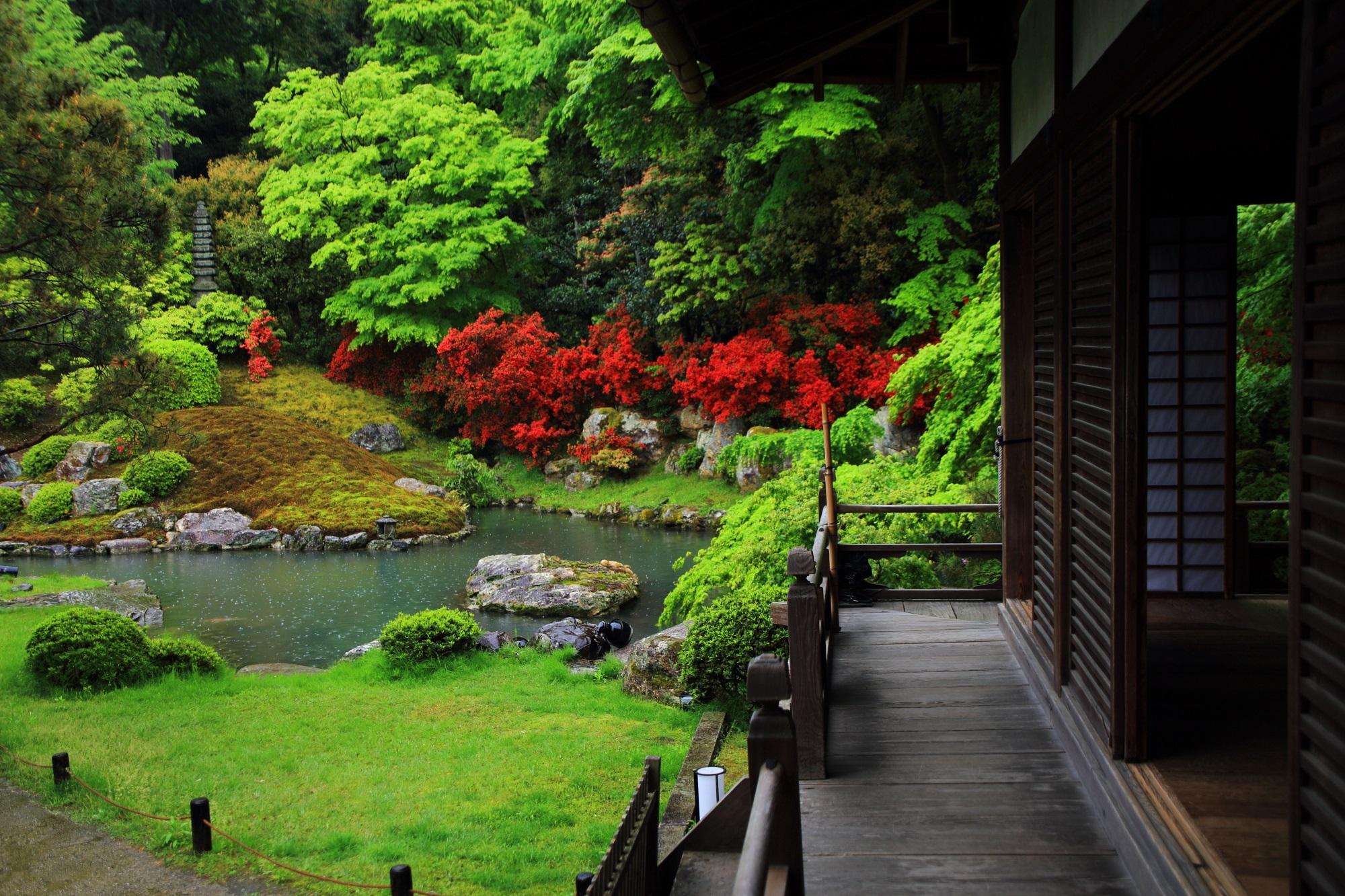 青蓮院の池泉式庭園の「相阿弥の庭」