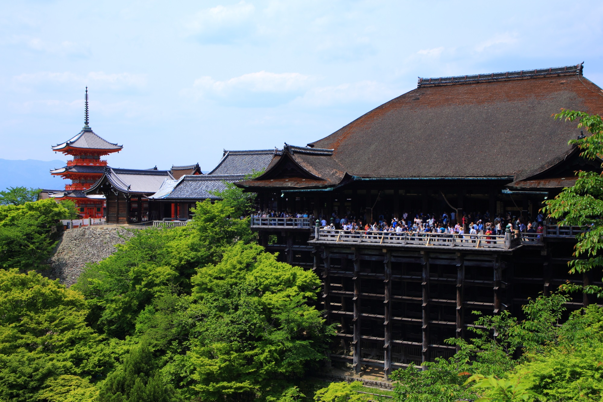 Kyoto Kiyomizu-dera Temple fresh green and blue maple