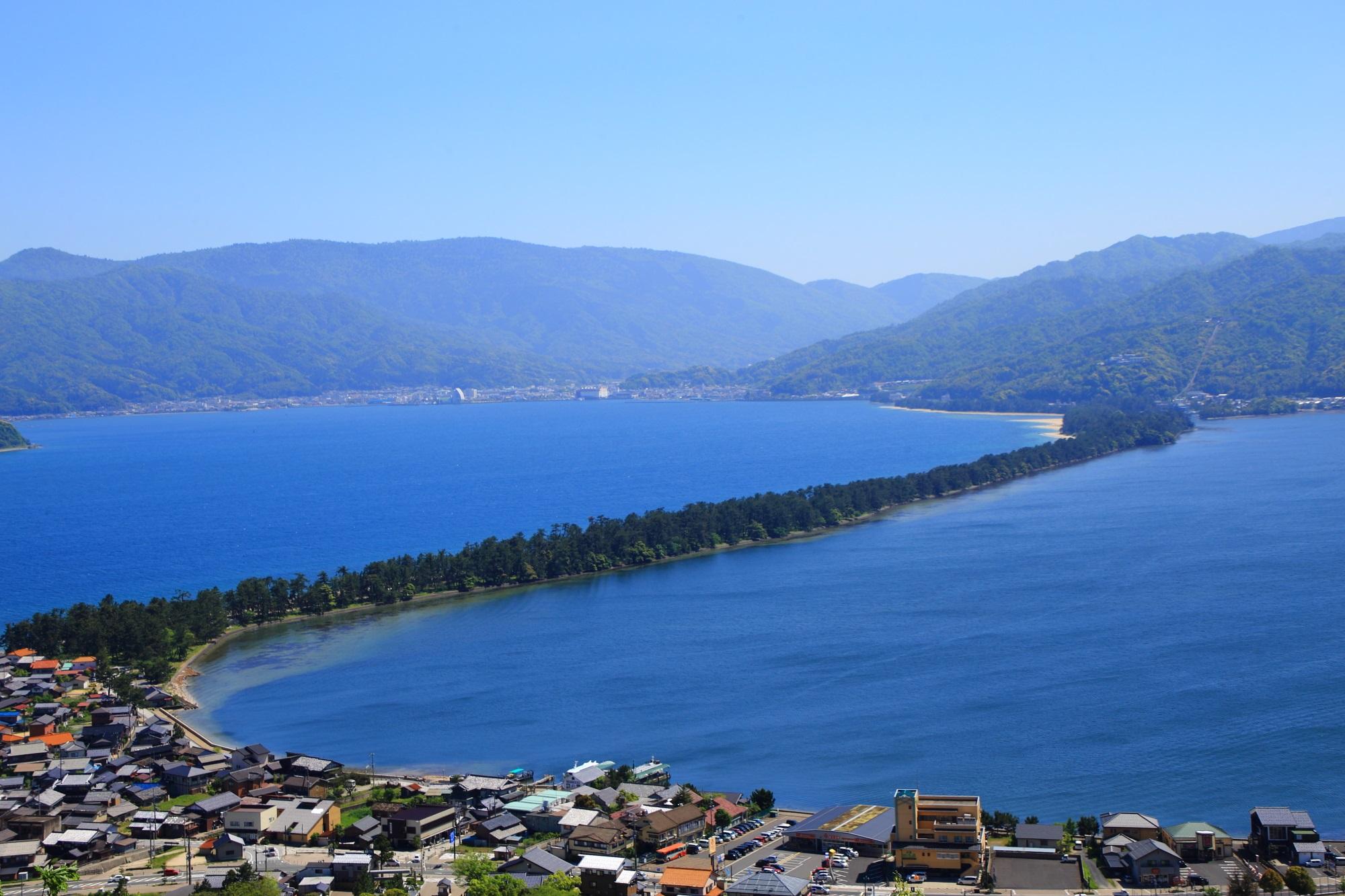 海の京都にある日本三景の一つの天橋立の絶景