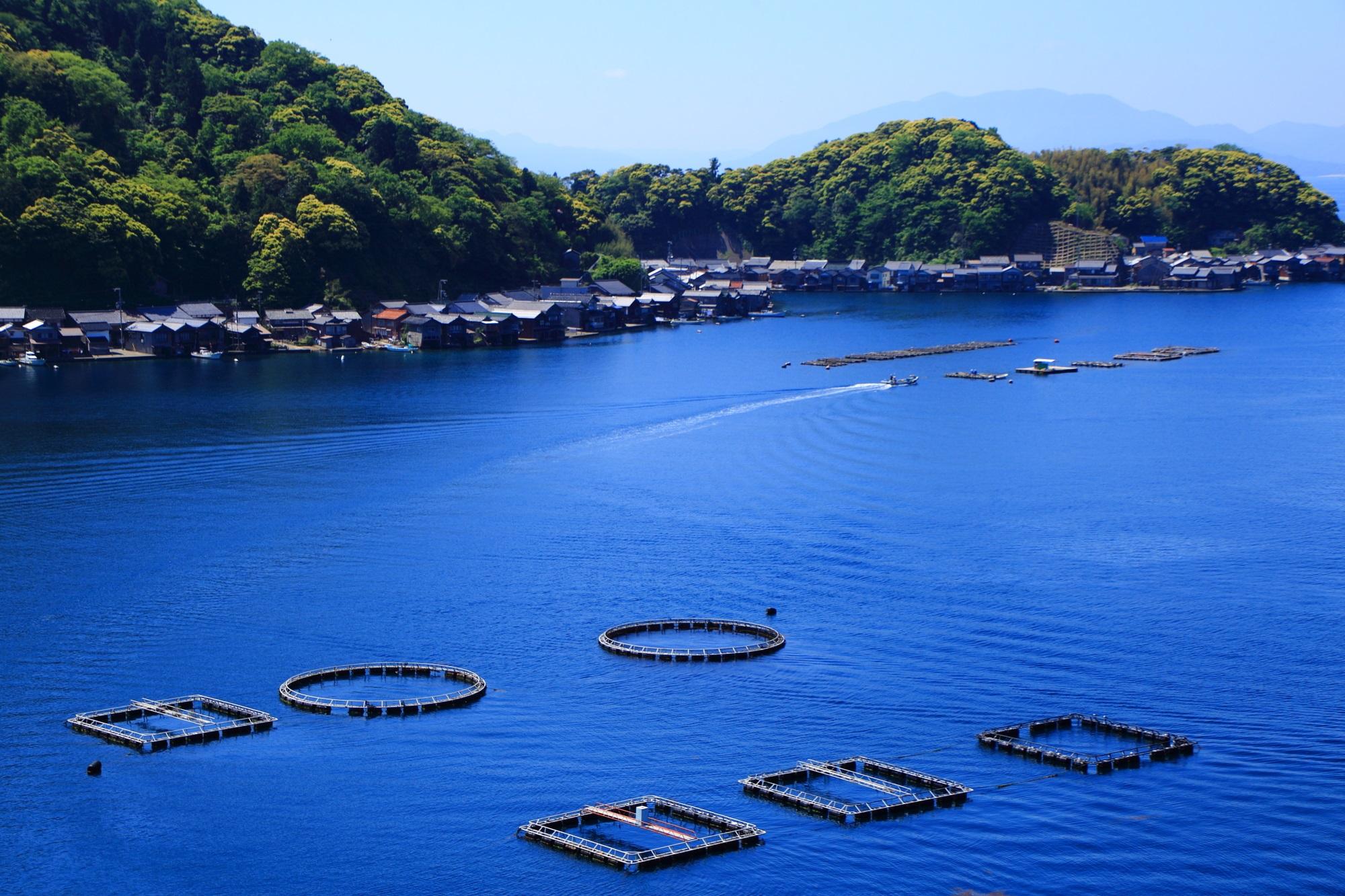 Kyoto Ine-no-funaya Yosa-wan sea