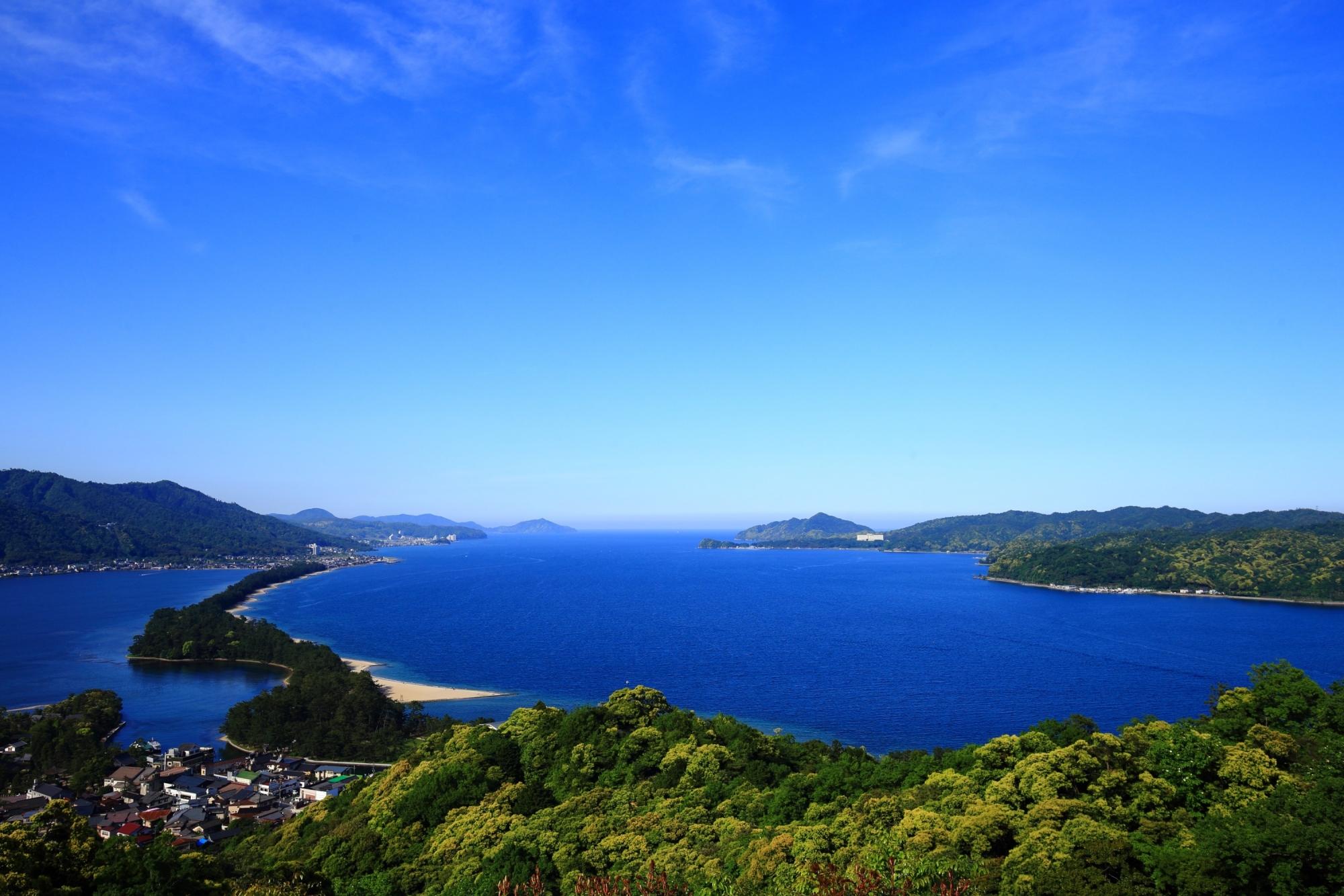天橋立の素晴らしい飛龍観と海の情景