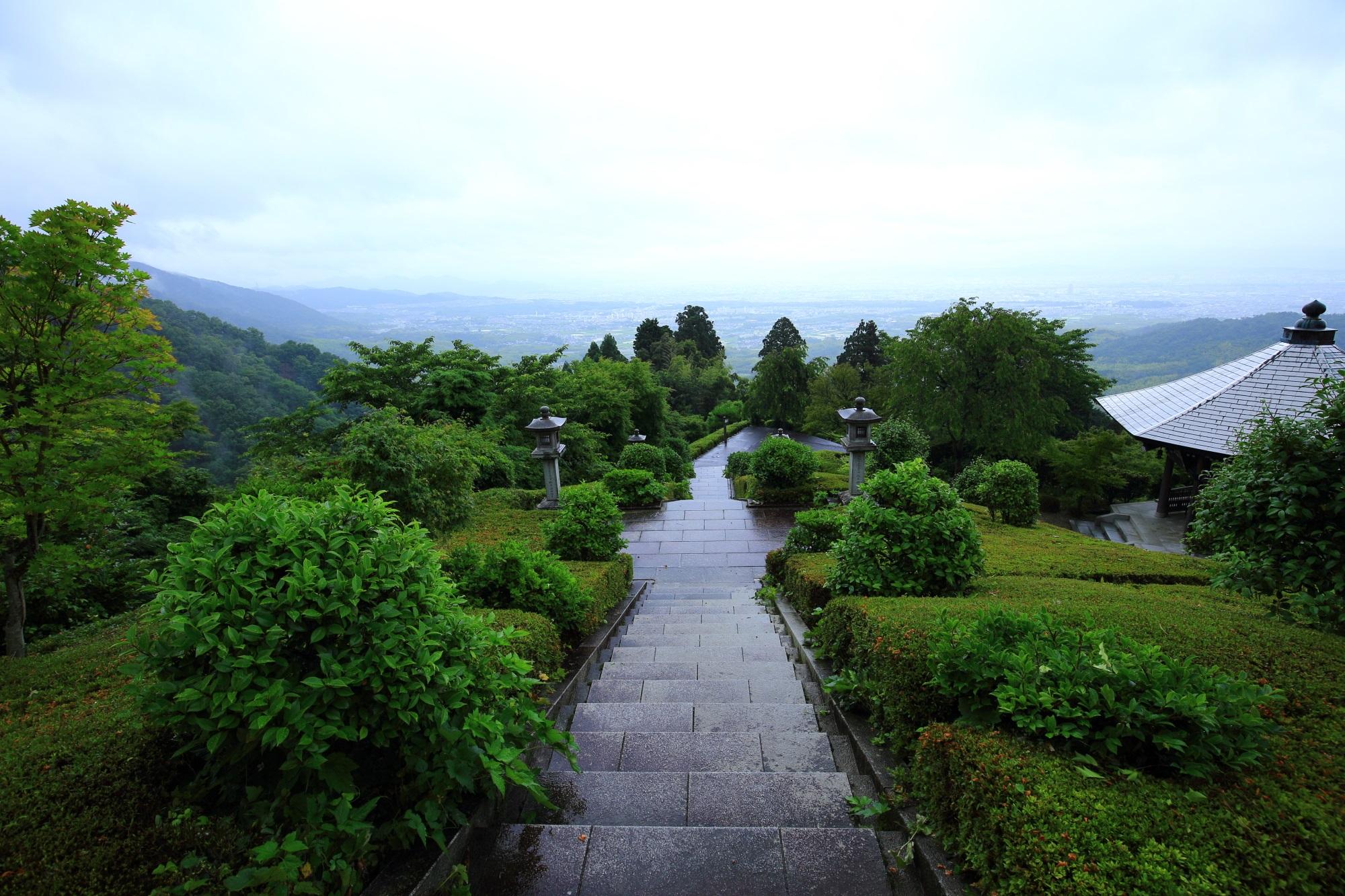 善峯寺の薬師堂から眺めた京都市街