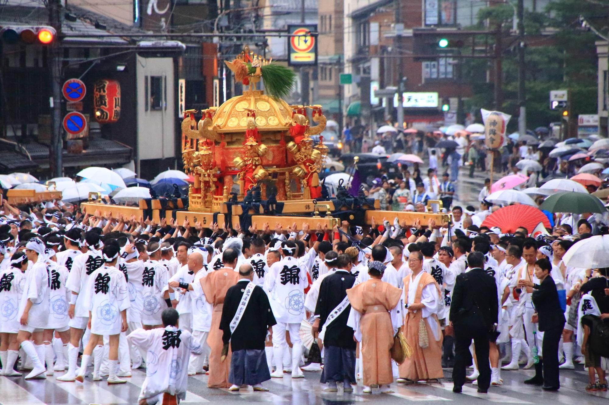 神幸祭 神輿渡御 祇園祭 八坂神社
