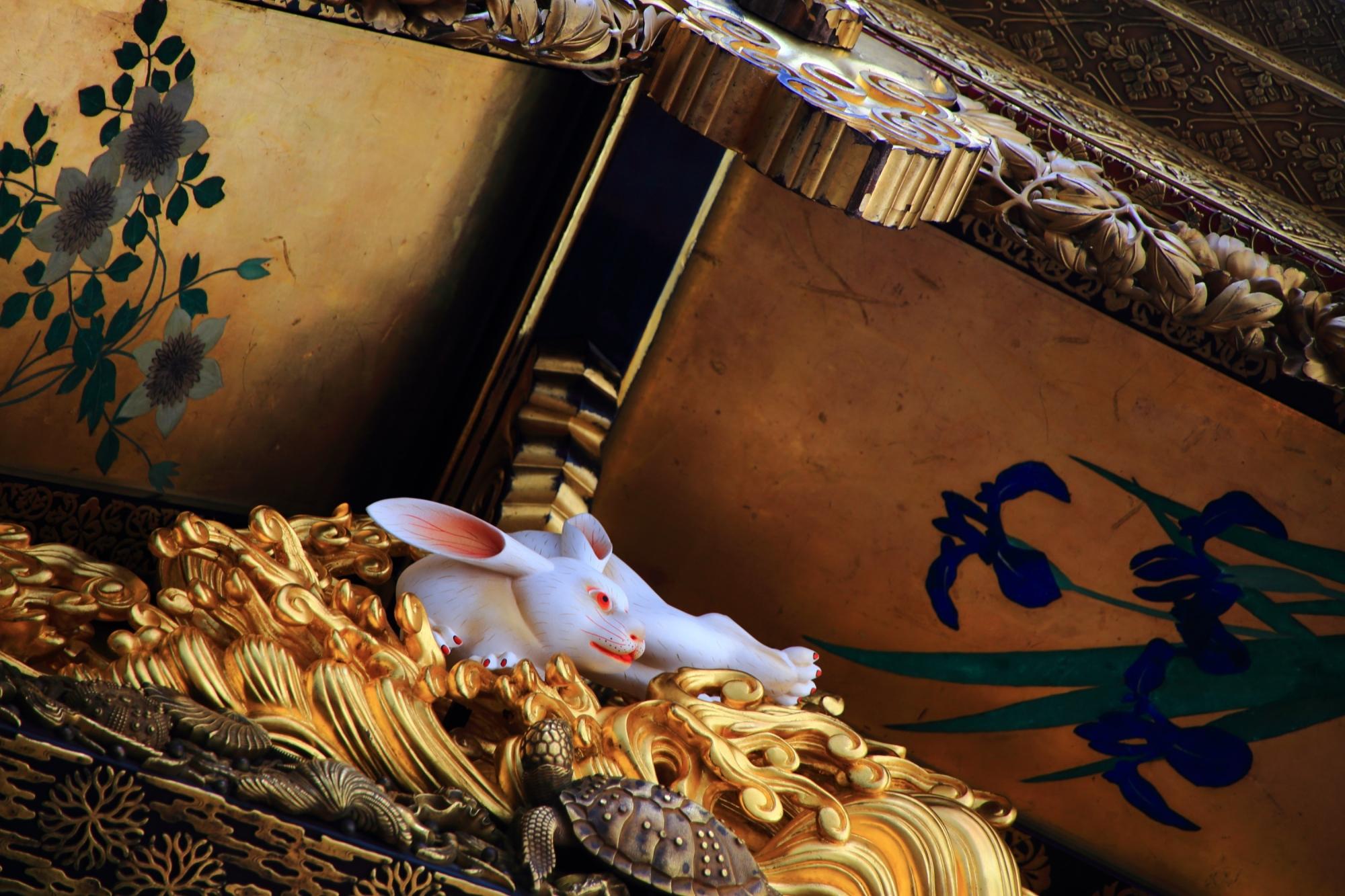 祇園祭の月鉾の兎の彫刻