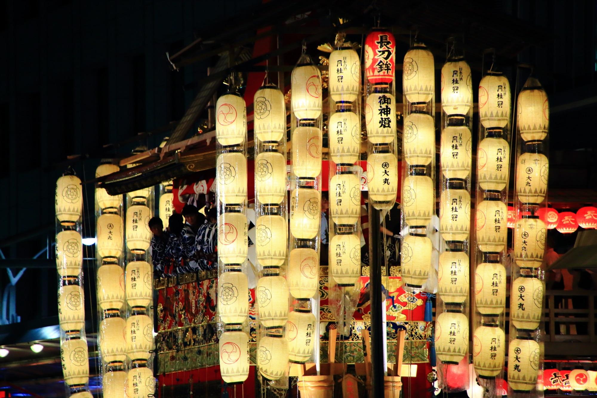 祇園祭の宵山の風情ある風景