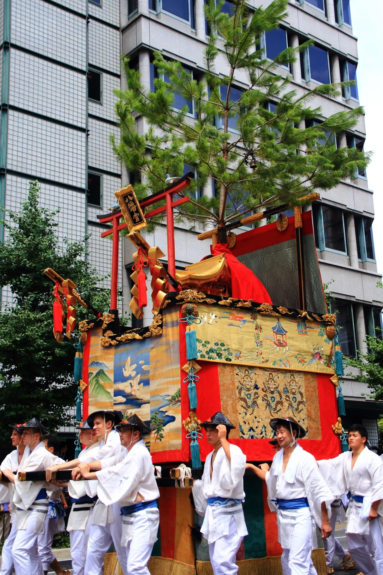 祇園祭後祭の山鉾巡行の八幡山