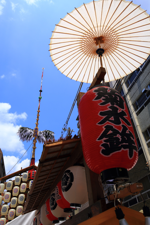 祇園祭の大きな菊水鉾