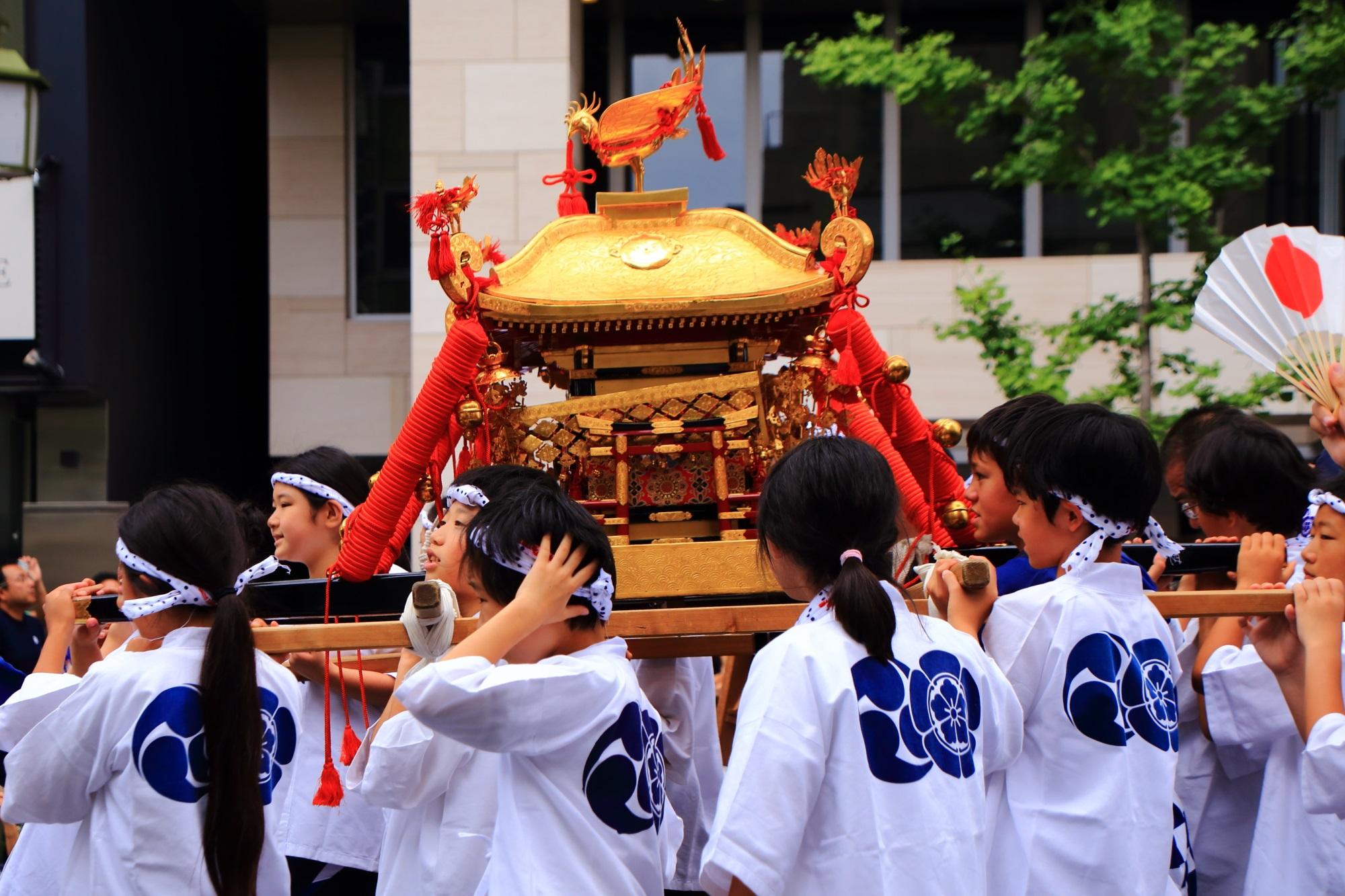 花傘巡行 子供 神輿 祇園祭