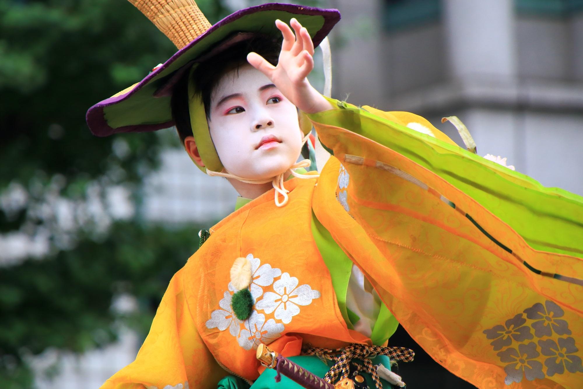 京都三大祭の花傘巡行の馬長さん